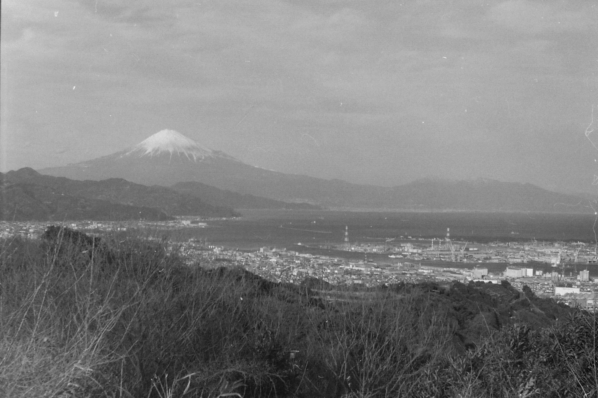 27/1/1989: 16:View of Fuji from Nihon Dara