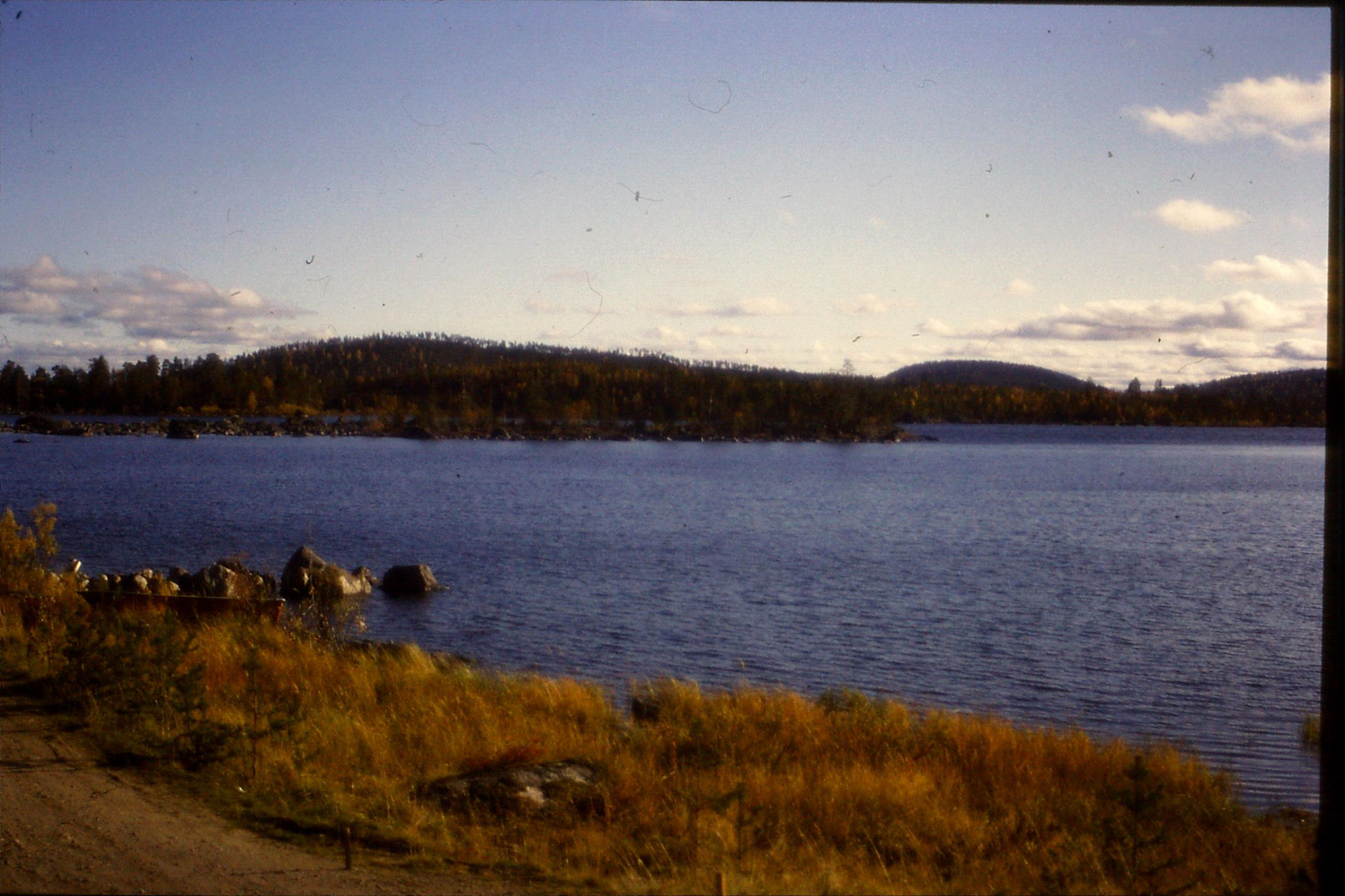 26/9/1988:30: on bus south of Inari
