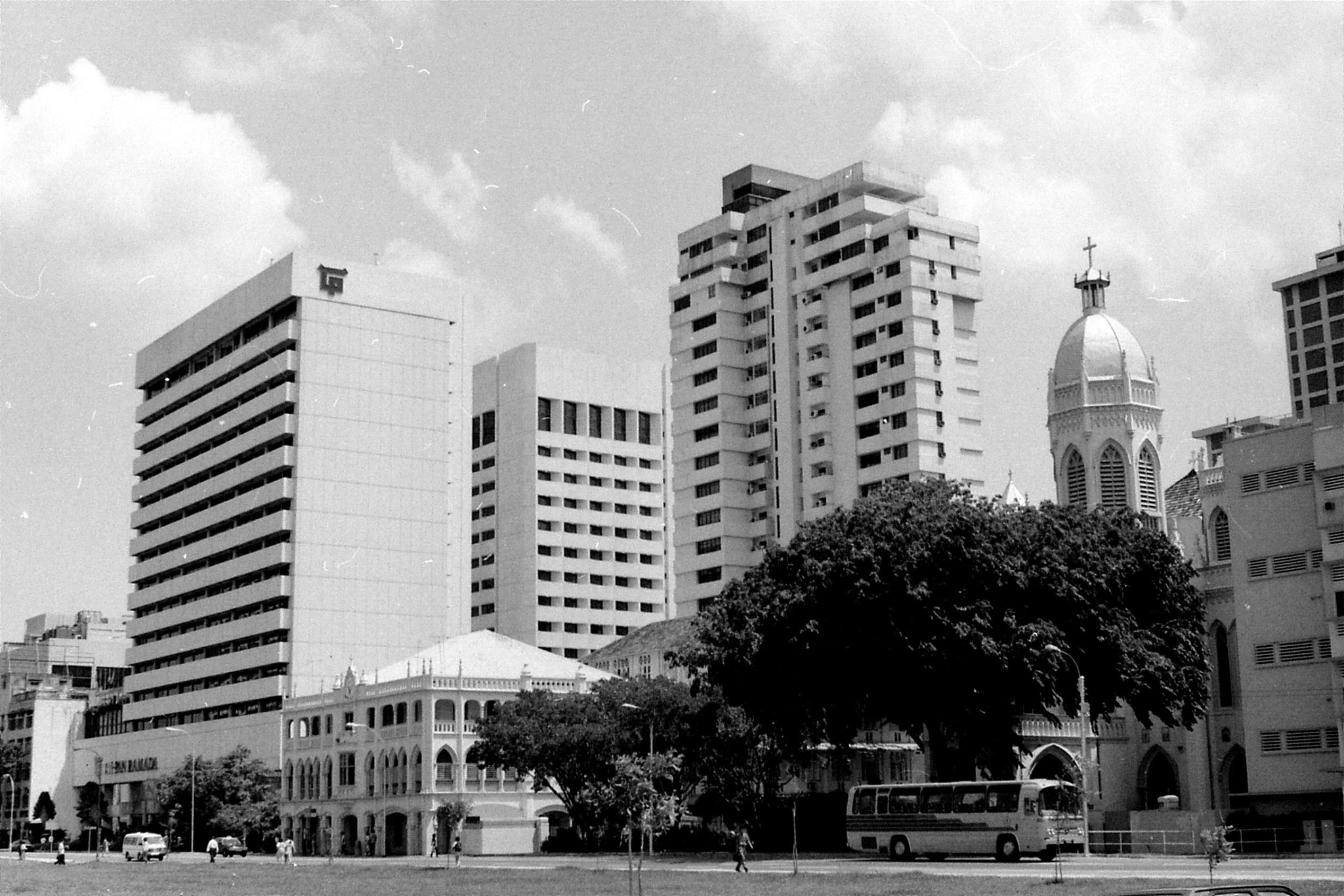 2/7/1990: 22: Singapore Chinatown