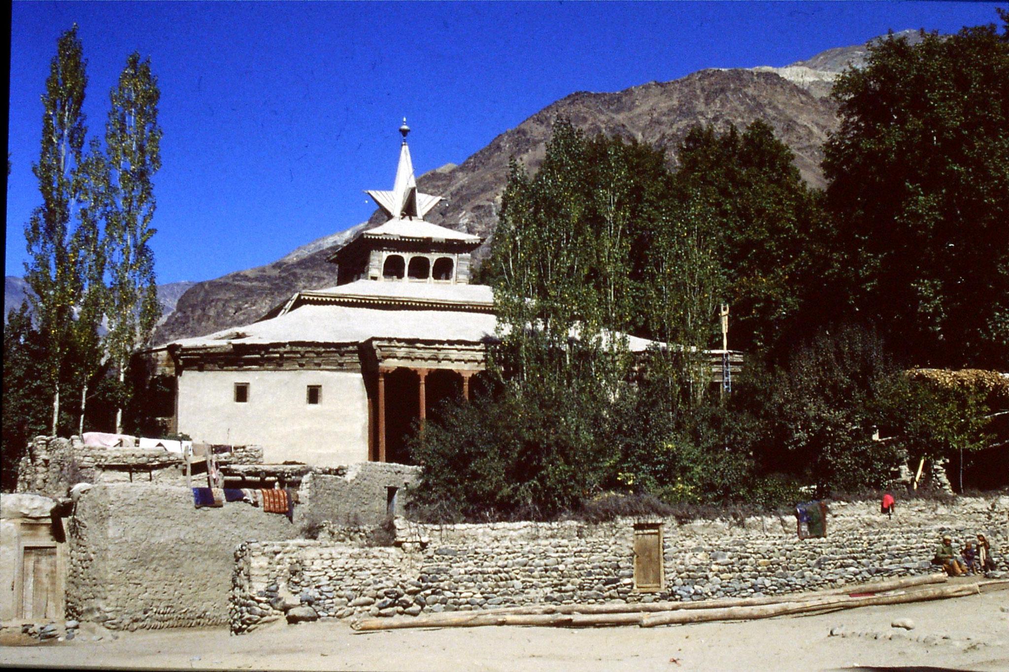 20/10/1989: 9: Shigar, 'Tibetan Mosque'