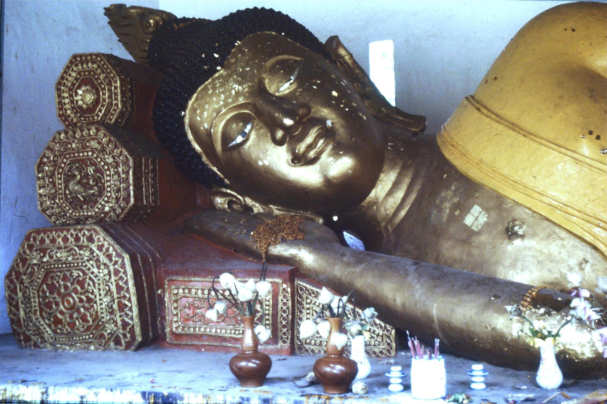 14/6/1990: 4: Chang Mai, Wat Chedi Luang