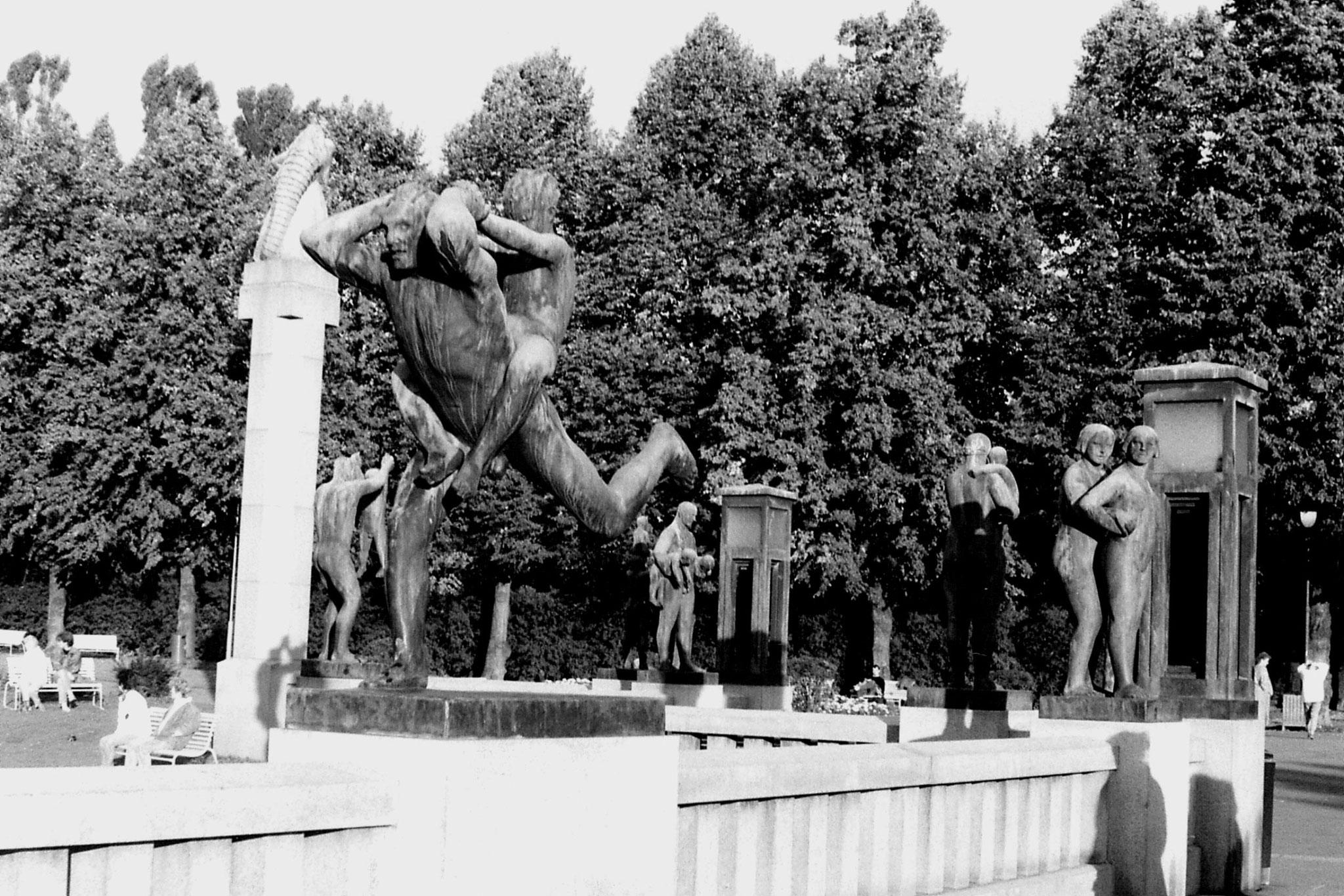 17/9/1988: 18: Vigeland sculpture park