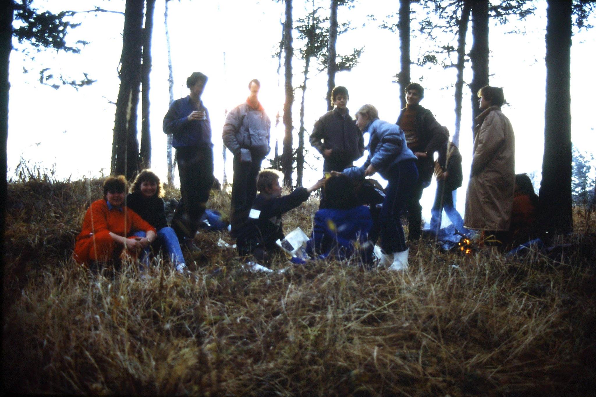 23/10/1988: 32: Lake Baikal Listvyanka camp fire