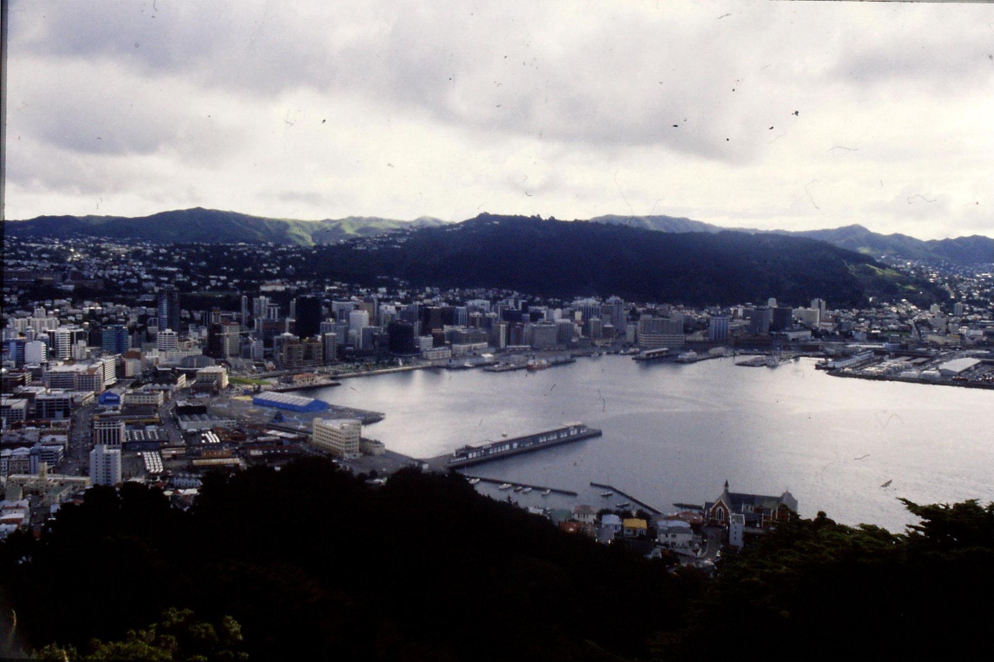 25/8/1990: 9: Wellington