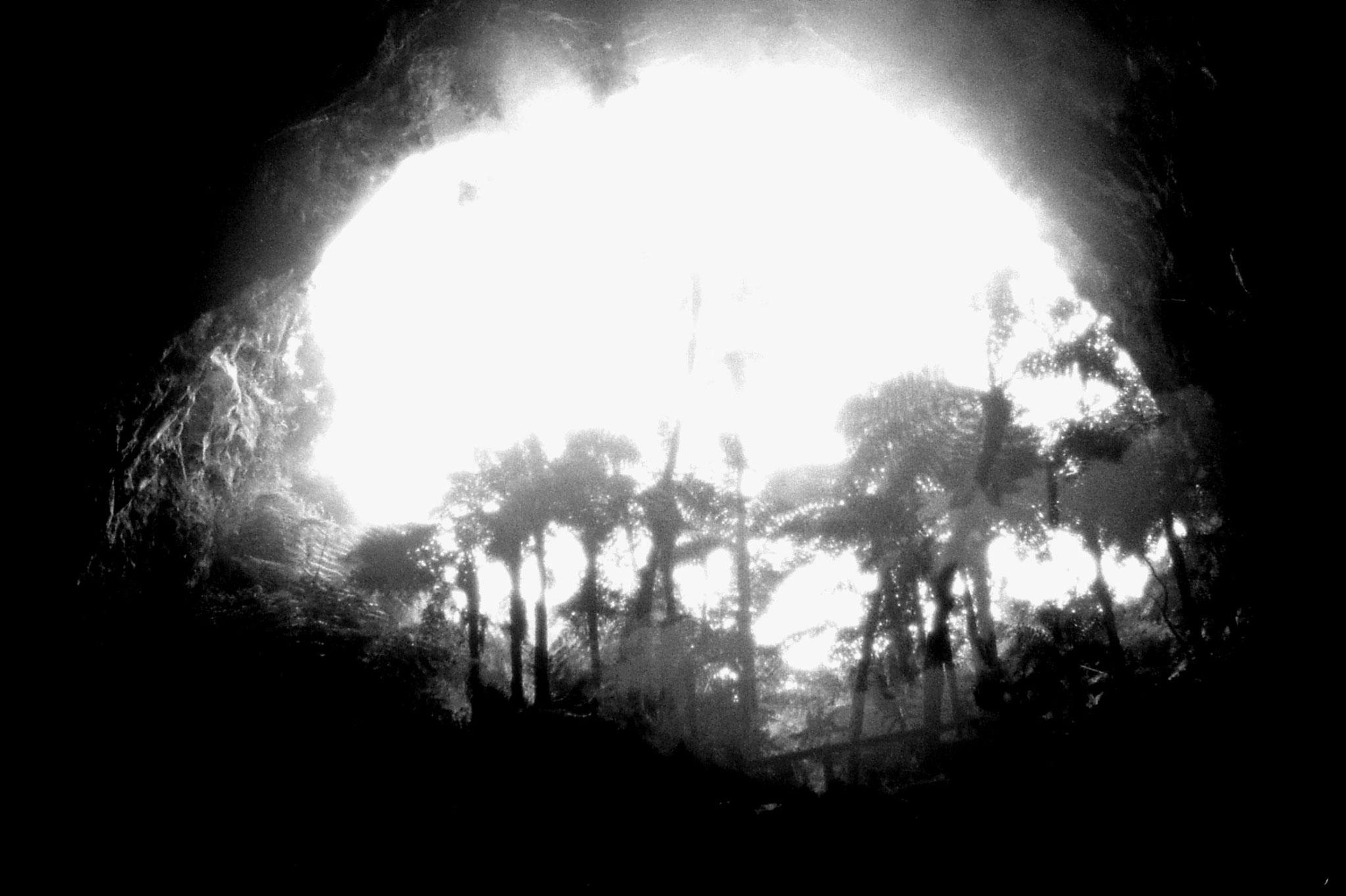 31/8/1990: 7: Orakeikorako opening of Ruatapu Cave