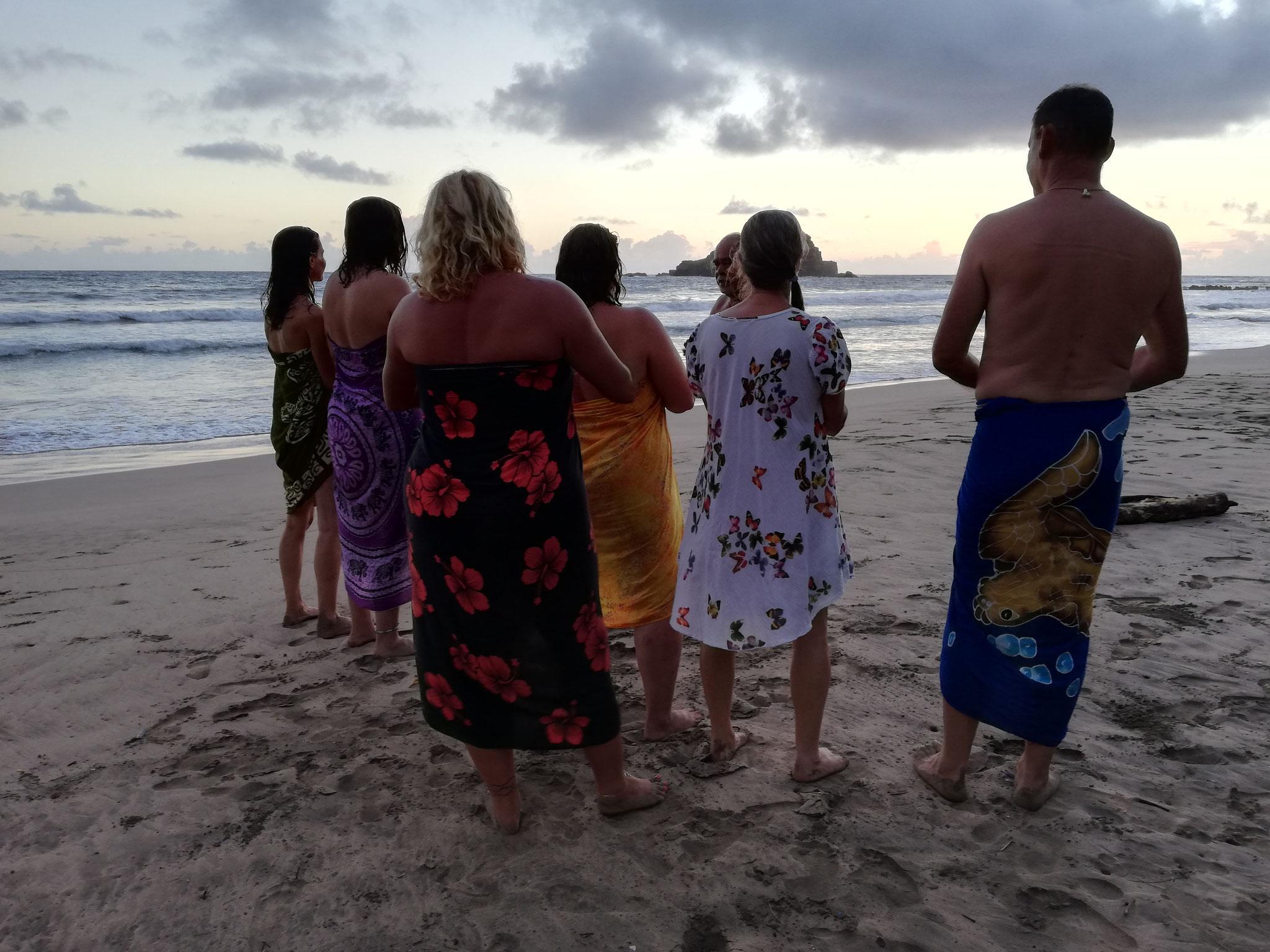 alte Zeremonien beim Retreat - Reise zu dir Selbst - Maui, Hawaii - Academy of Aloha