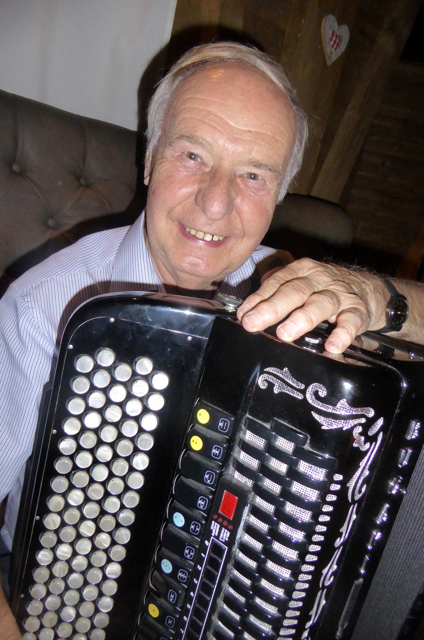 Ewald Hauser (2. Stimme)