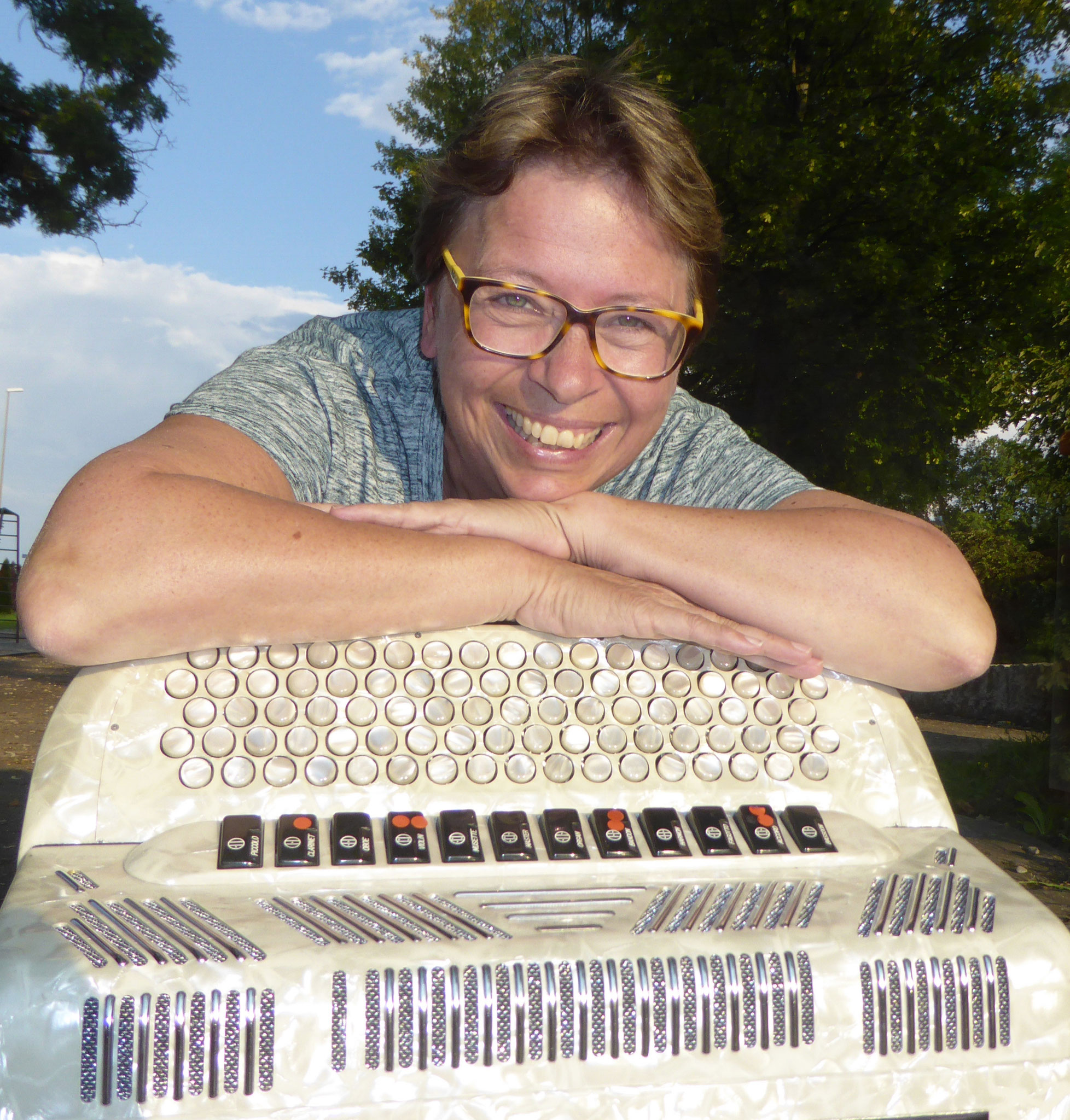 Christine Meier (4. Stimme)