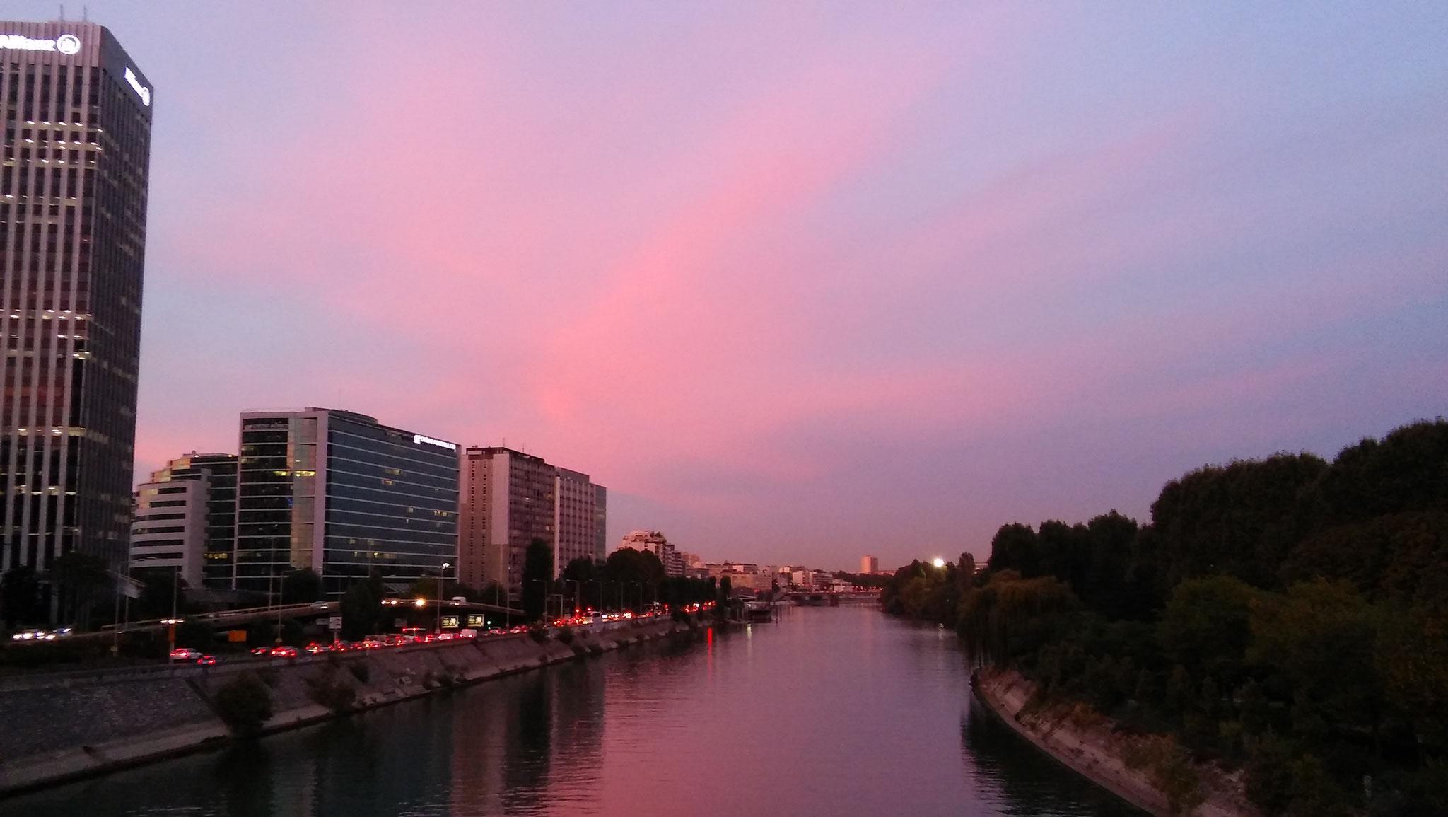 Traverser la Seine, et le périphérique, plutôt handicapant pour réaliser le plus de courses
