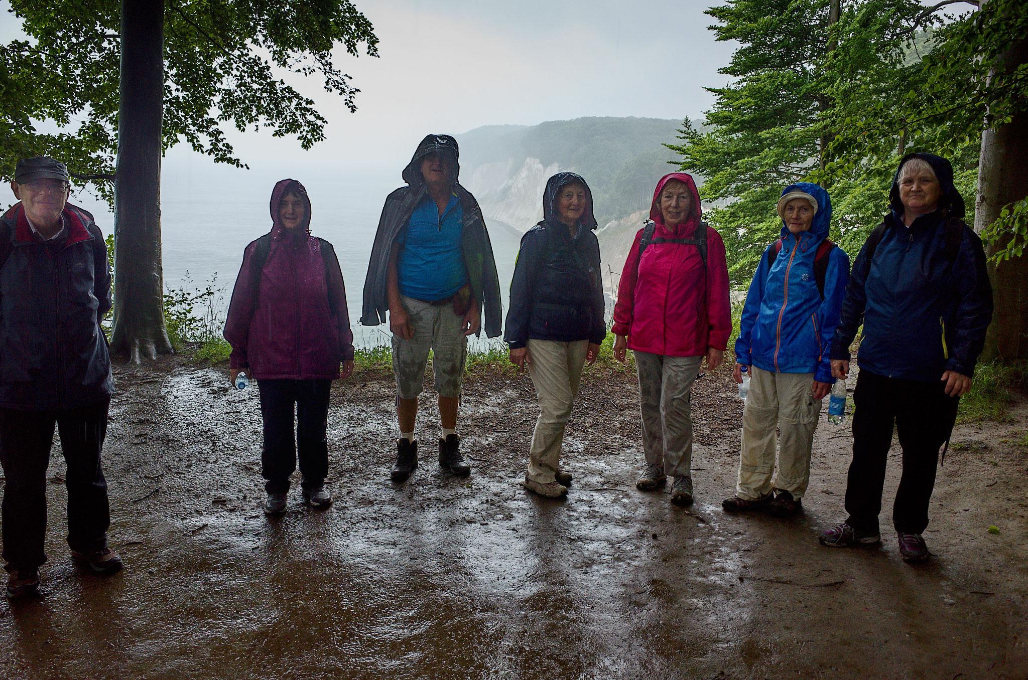 Regenfeste Wanderer am 24.06.2017 auf der Halbinsel Jasmund