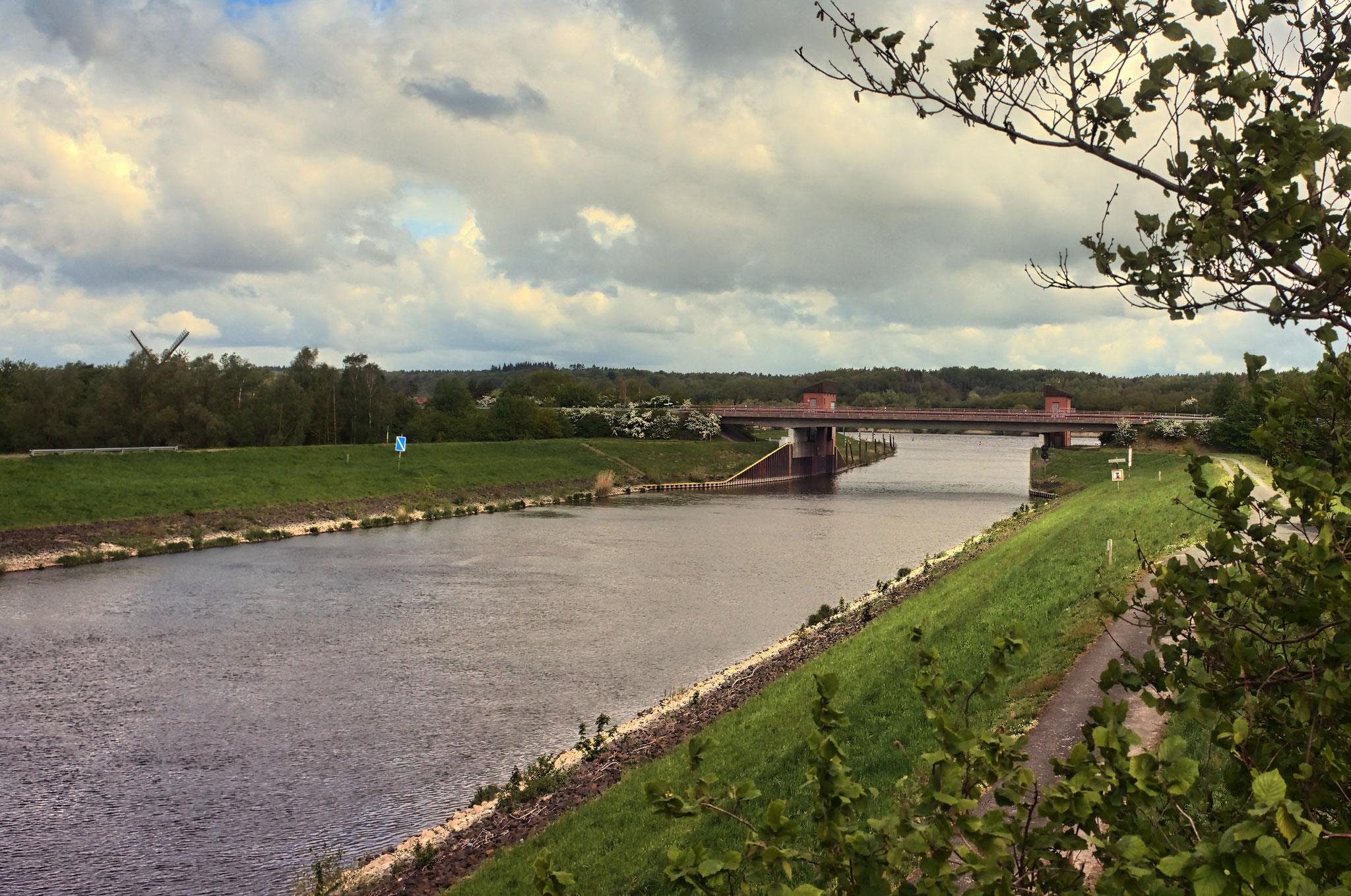 Mündung des Elbe-Seitenkanals in die Elbe am 04.05.2019