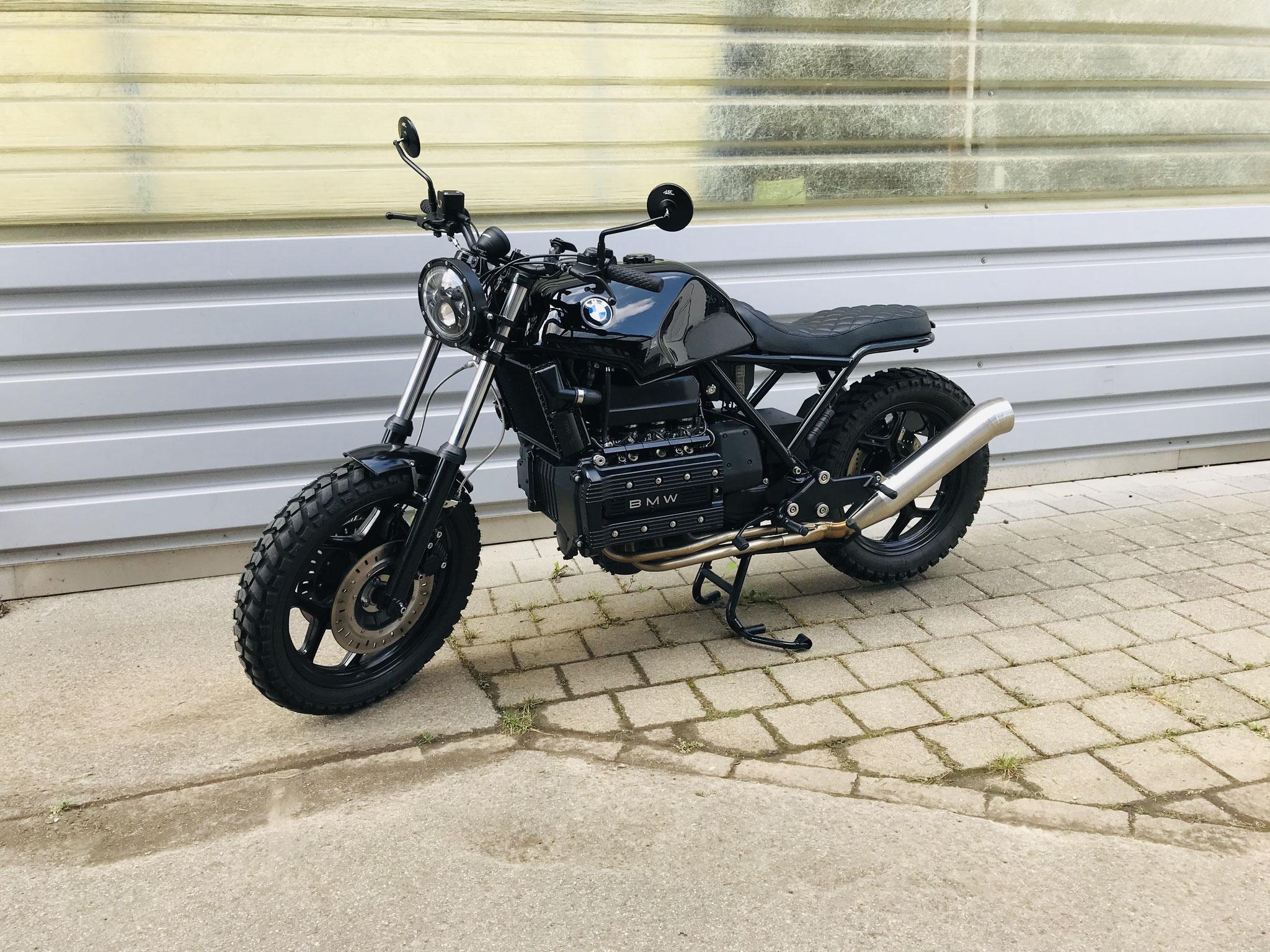 bmwrk100  handmade custom customize umbau black anthrazit clean scrambler zürich schweiz illnau umbau projekt