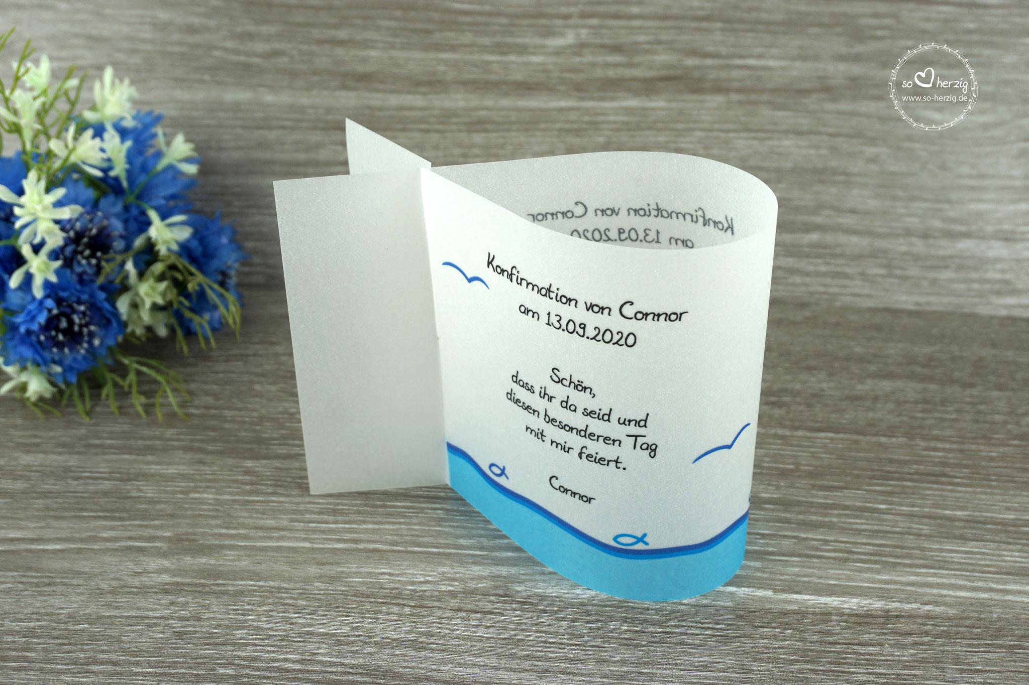 Menükarte Fischform, Design Fisch Silhouette Blau - Sonderwunsch Menükarte wird als Tischaufsteller benutzt