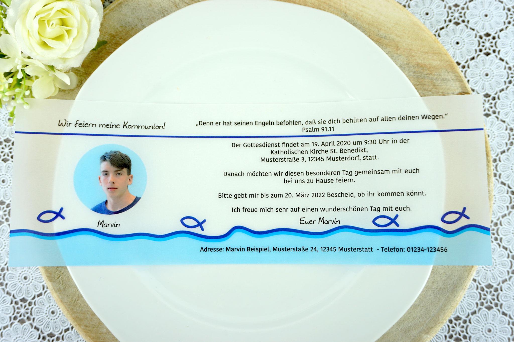 Einladungskarte aus Pergamentpapier Design Fisch Silhouette, royalblau - mit Bild