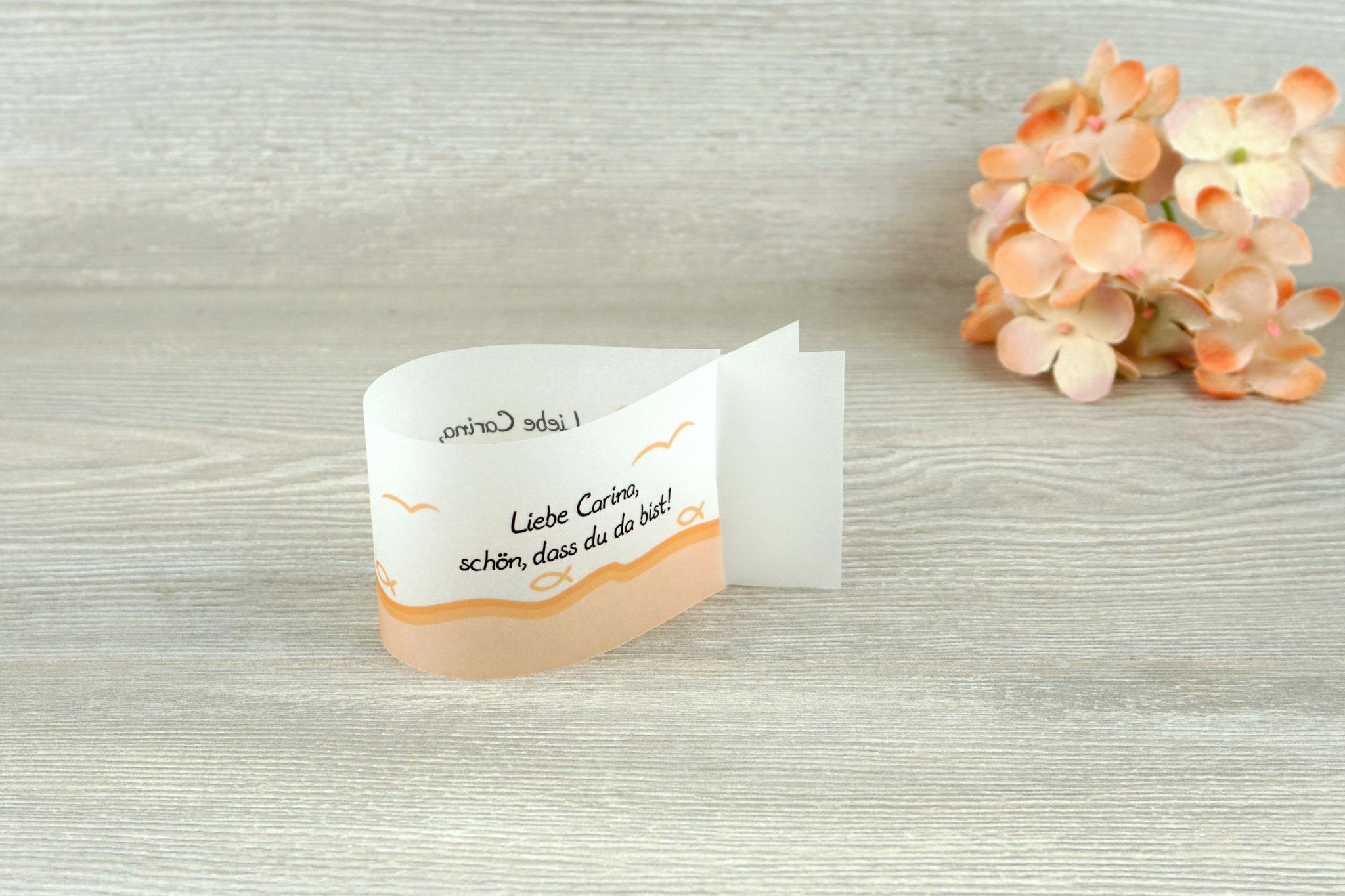 Platzkarte Fischform, Design Fisch Silhouette apricot - Sonderwunsch unterer Rand apricot & Möven