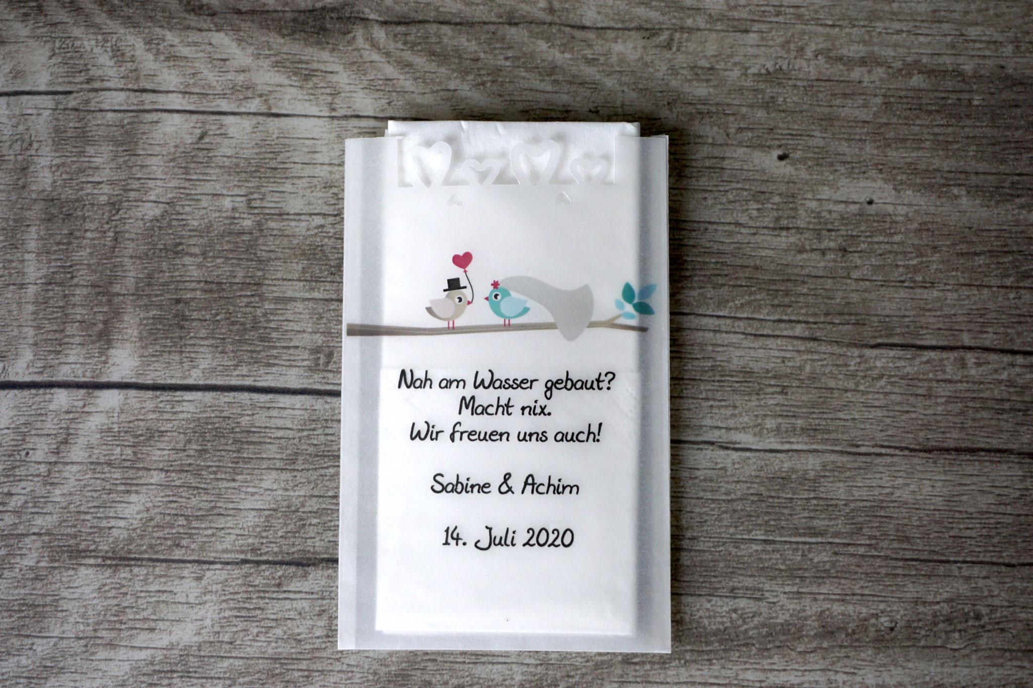 Freudentränen Taschentücher Design Hochzeitsvögel auf Ast, Farbe Türkis hell/Beigegrau mit Herzrand