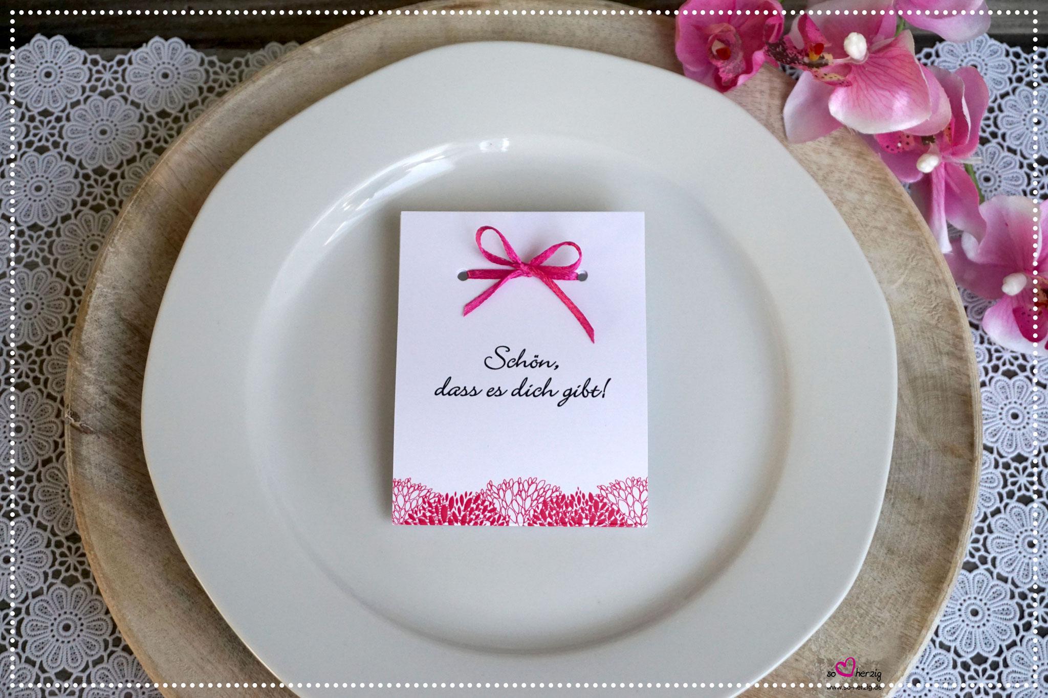 Fruchtgummi Giveaway Design Blätter pink