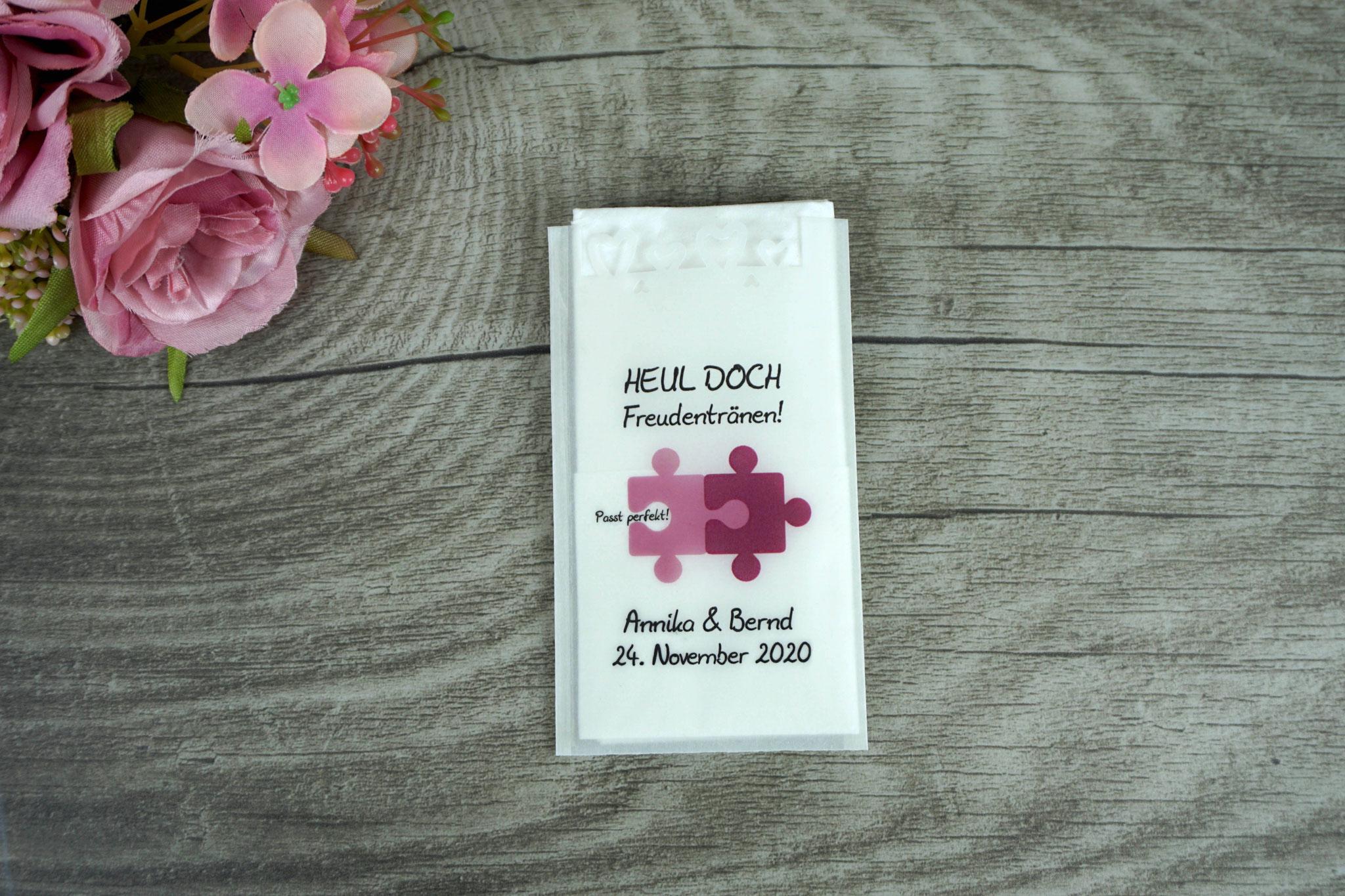 Freudentränen Taschentücher Design Puzzle, Rosenholz/Beere mit Herzrand