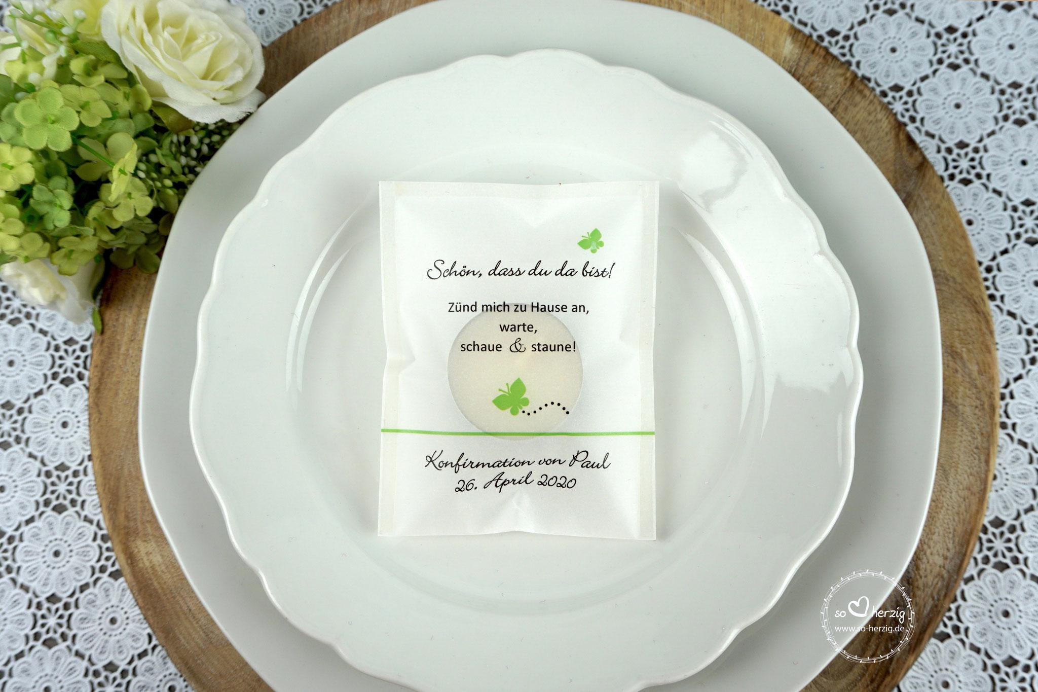 Licht-Botschaft  Design Schmetterling  Apfelgrün