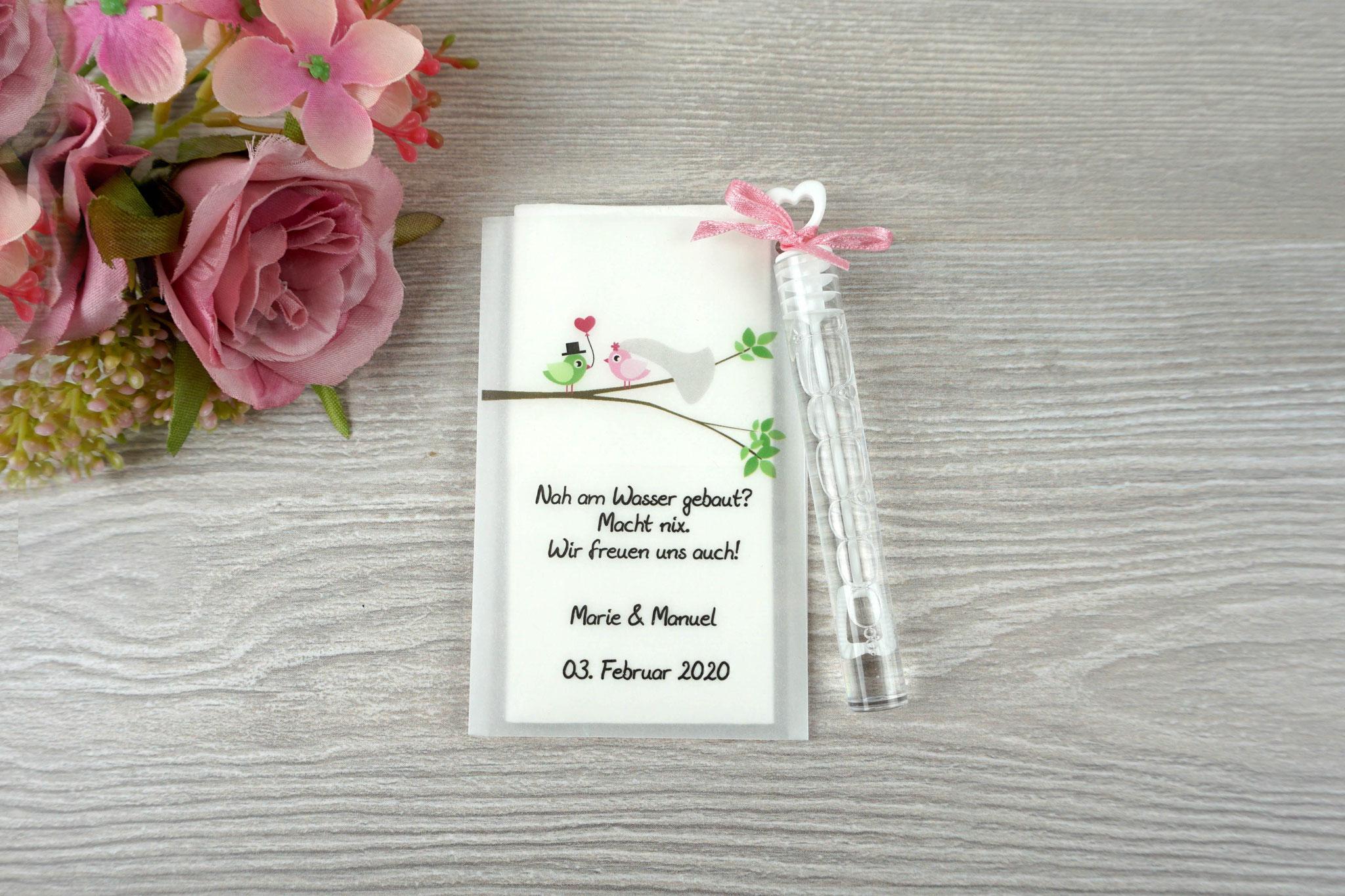Freudentränen Taschentücher mit Seifenblasen, Design Hochzeitsvögel auf verzweigtem Ast, Farbe puderrosa/grün, Satinband