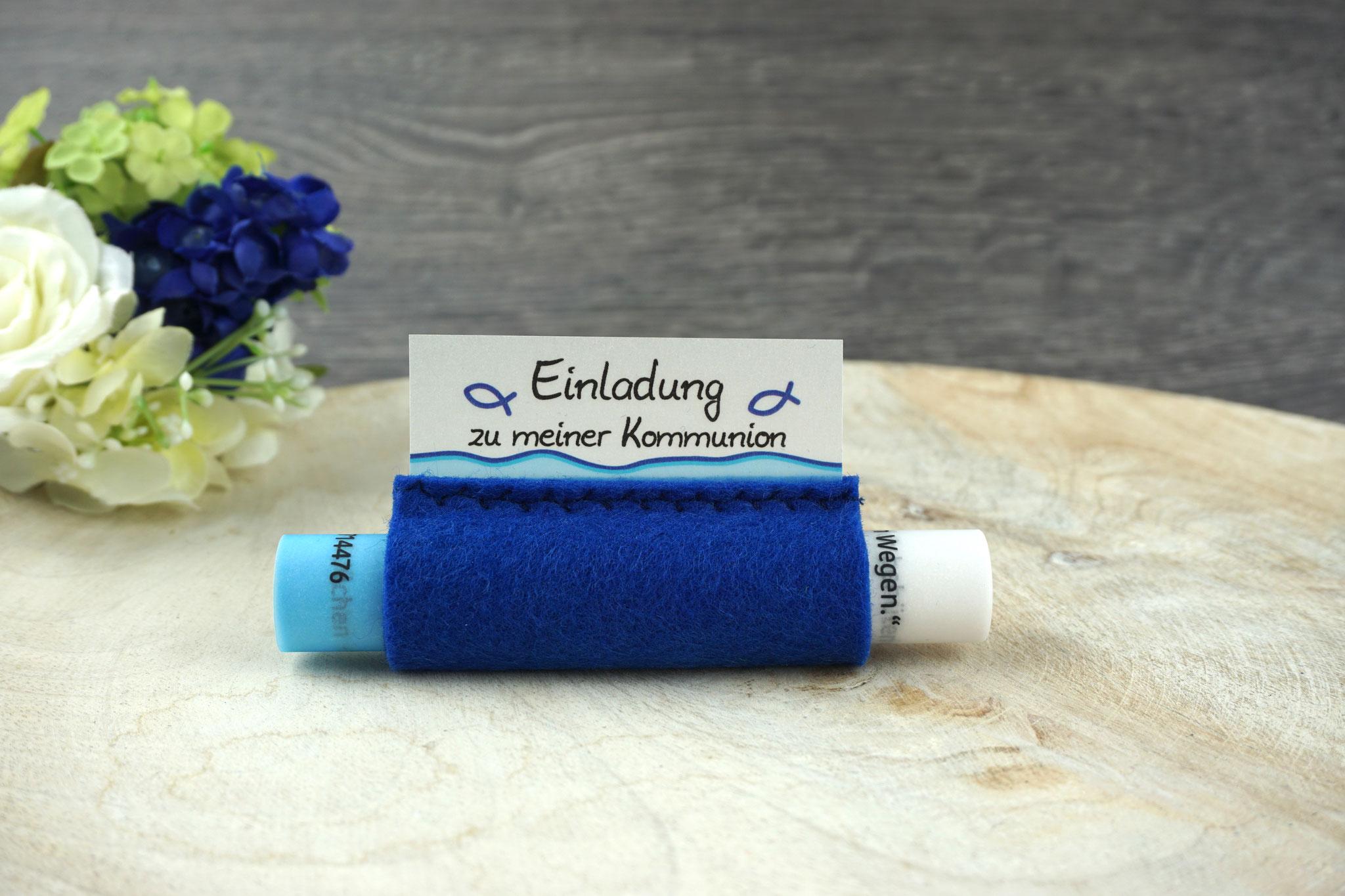 Einladungskarte aus Pergamentpapier Design Fisch Silhouette, Filz royalblau - ohne Schleife