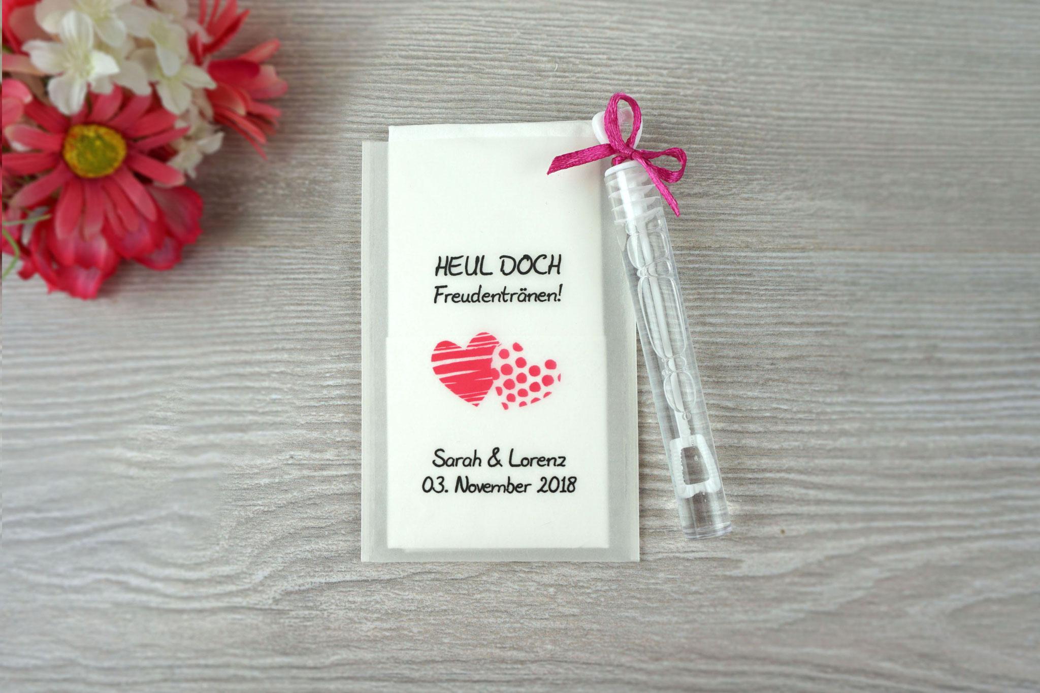 Freudentränen Taschentücher mit Seifenblasen, Design Zwei Herzen, Farbe pink, Satinband