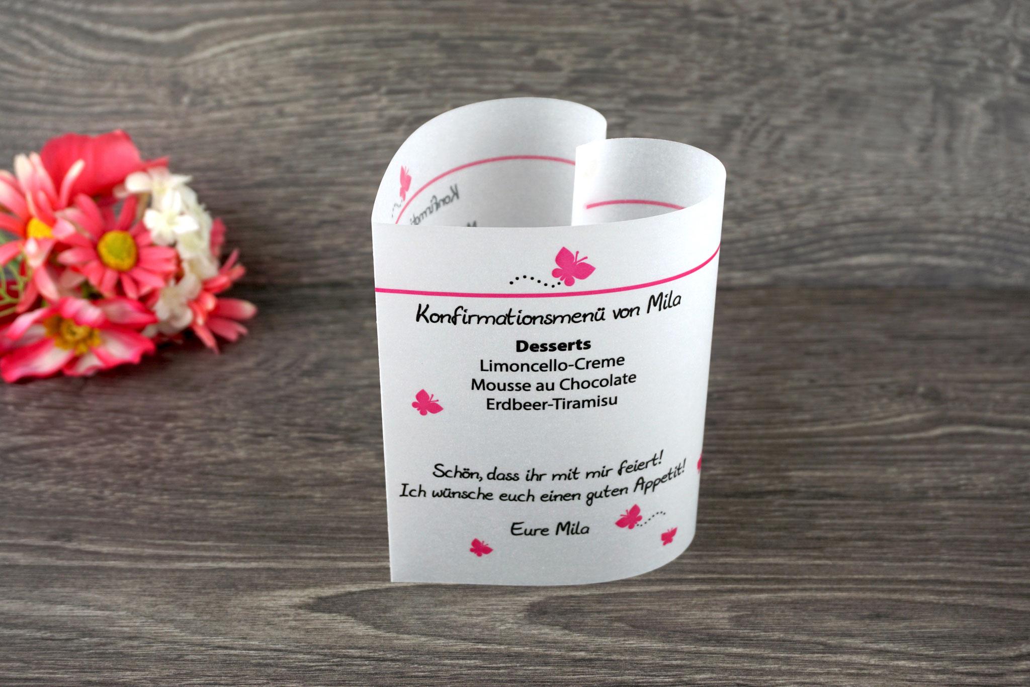 Menükarte Herzform 10,5cm, Design Schmetterlinge Pink