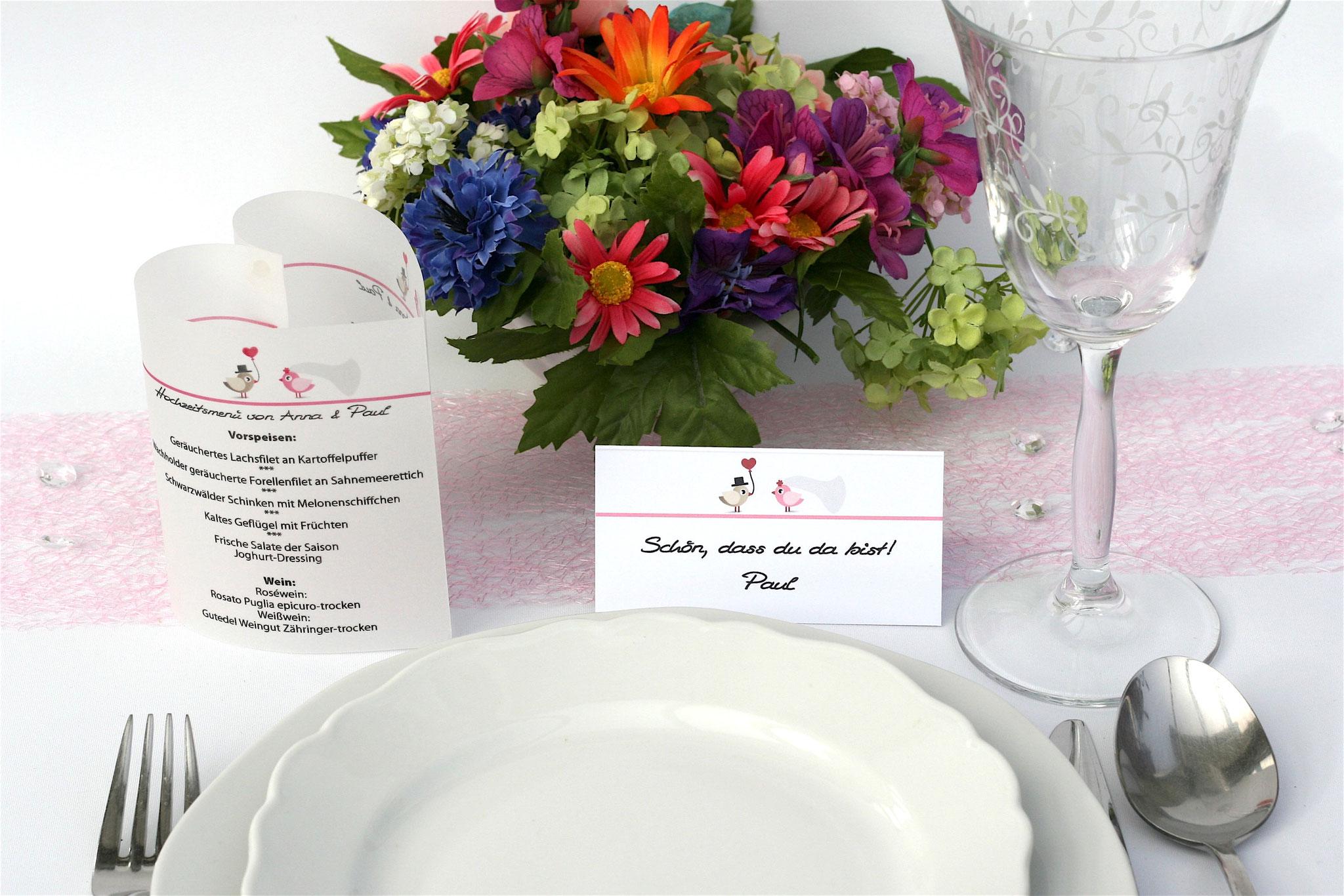 Menükarte und dazu passende Platzkarte Design Hochzeitsvögel, Farbe Rosa/Graubraun, Schrift First Lady