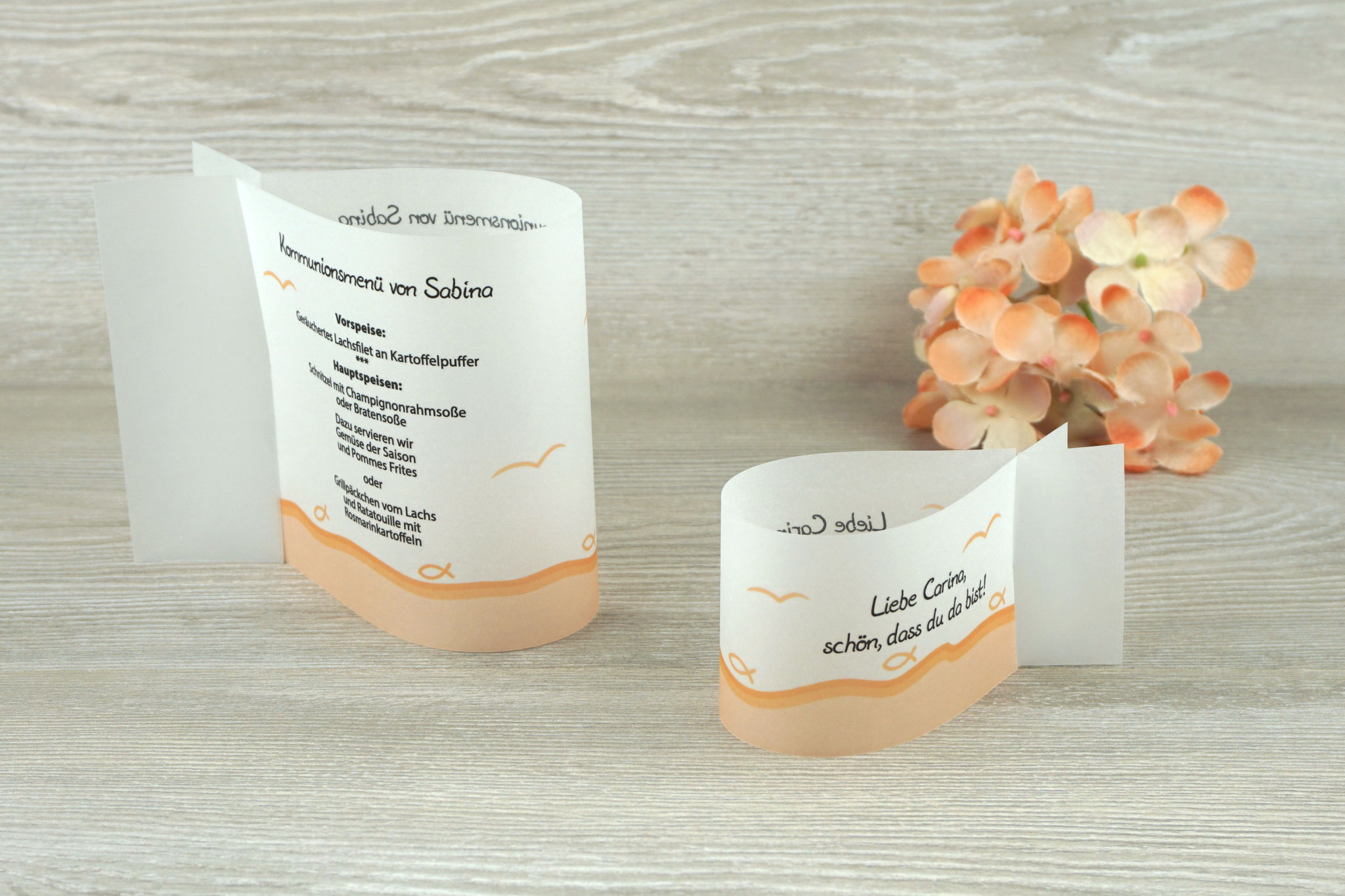 Menükarte & Platzkarte Fischform, Design Fisch Silhouette apricot - Sonderwunsch unterer Rand apricot & Möven