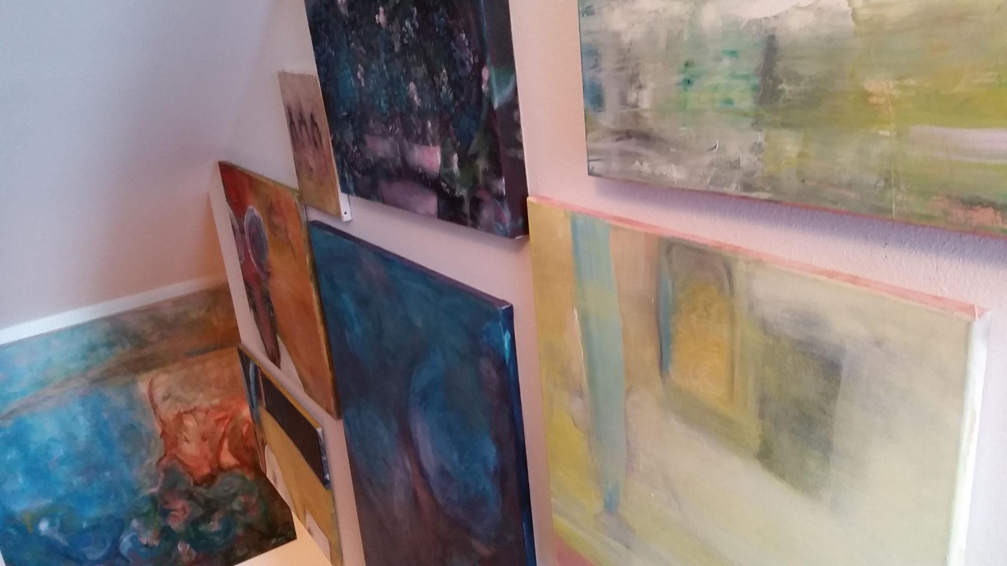Treppen-Galerie 2, Maler Künstlerin Bozana