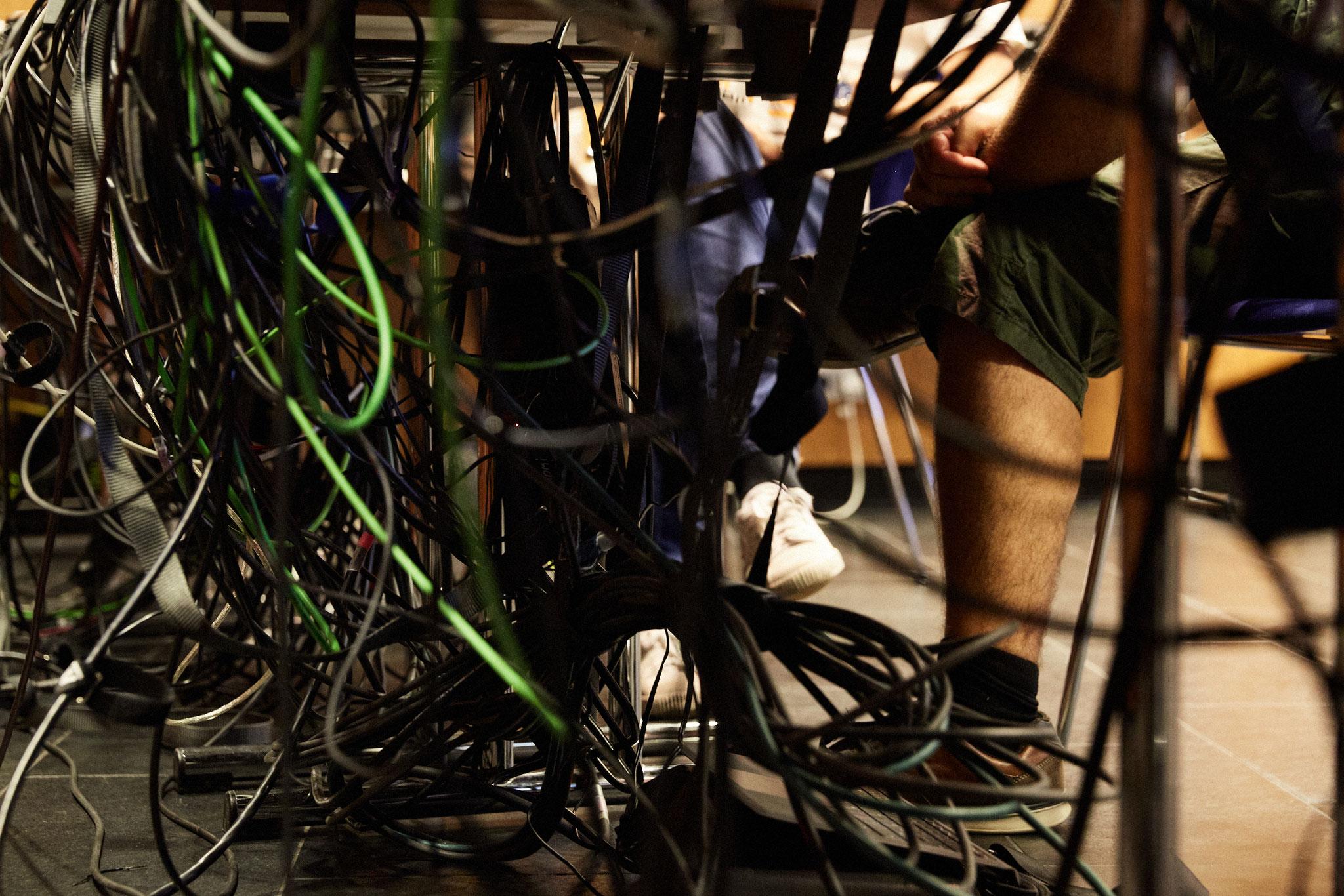 einige Kabel...