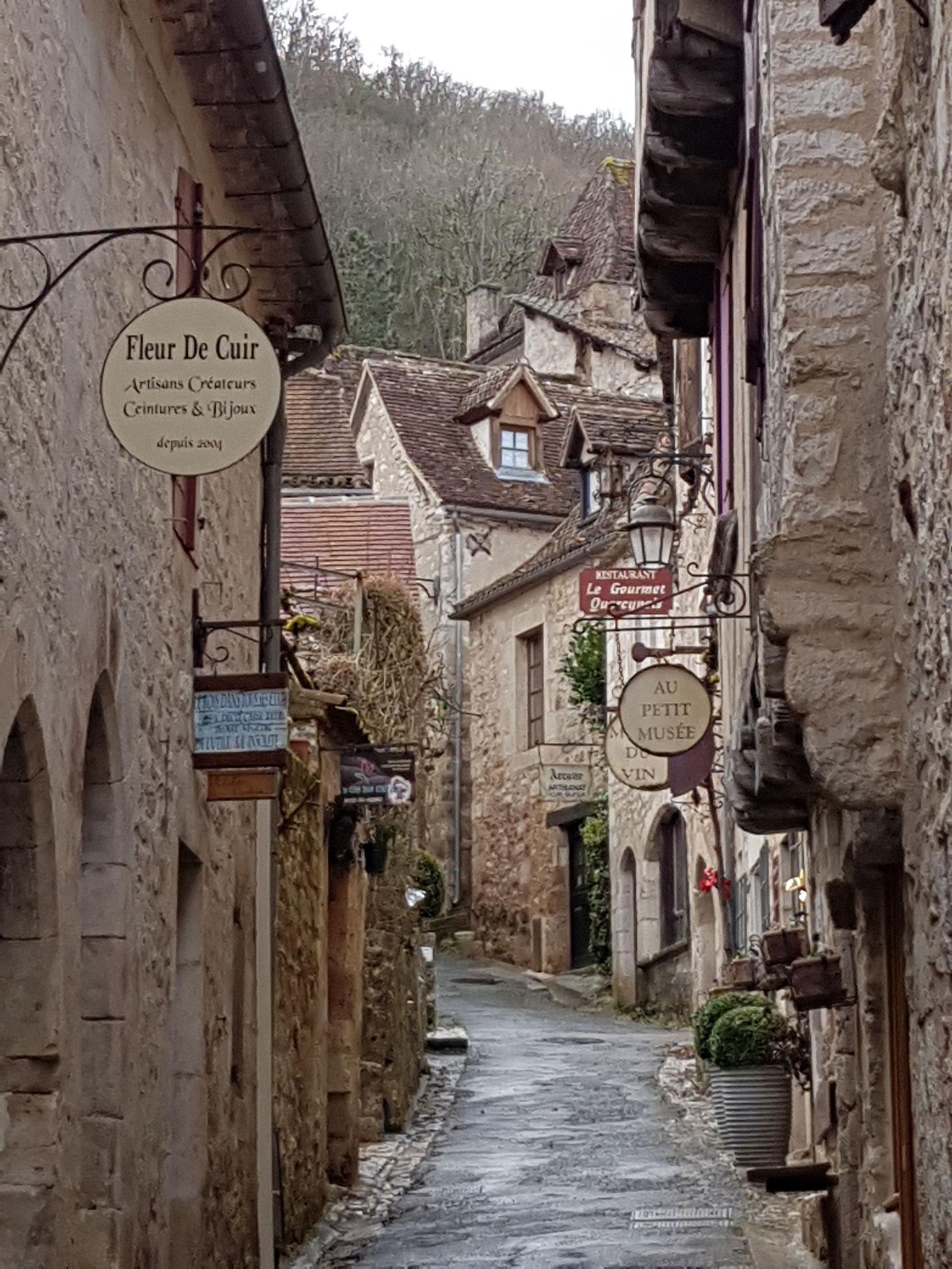 Saint Cirq Lapopie ruelle