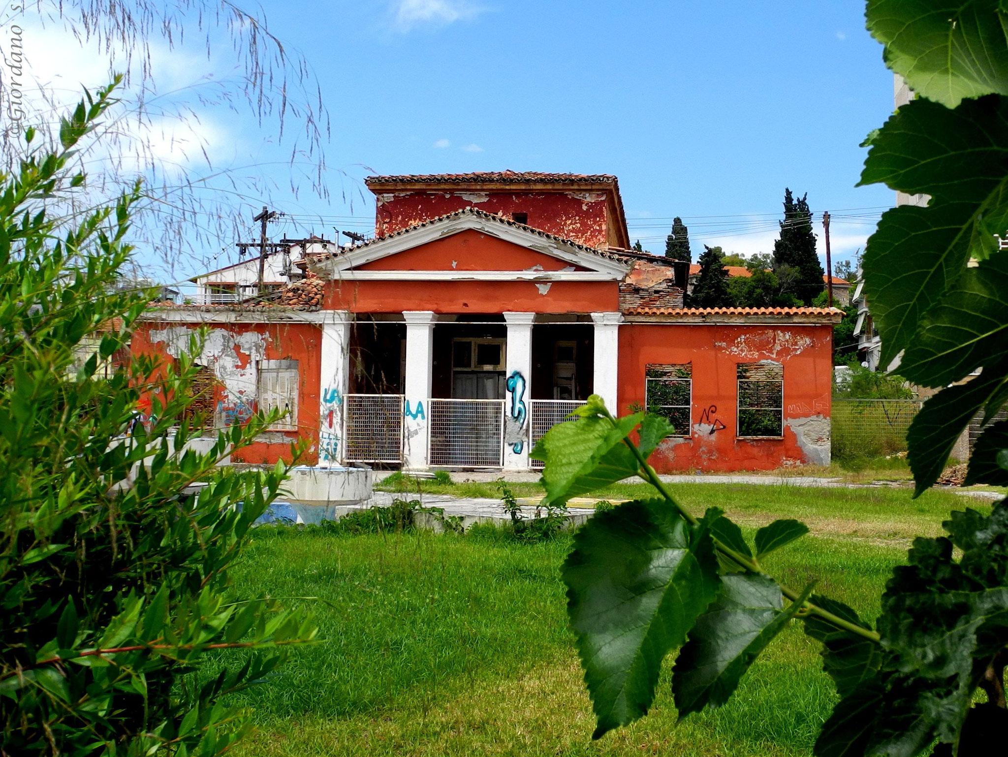 Das ursprüngliche Gebäude des Thermalbades