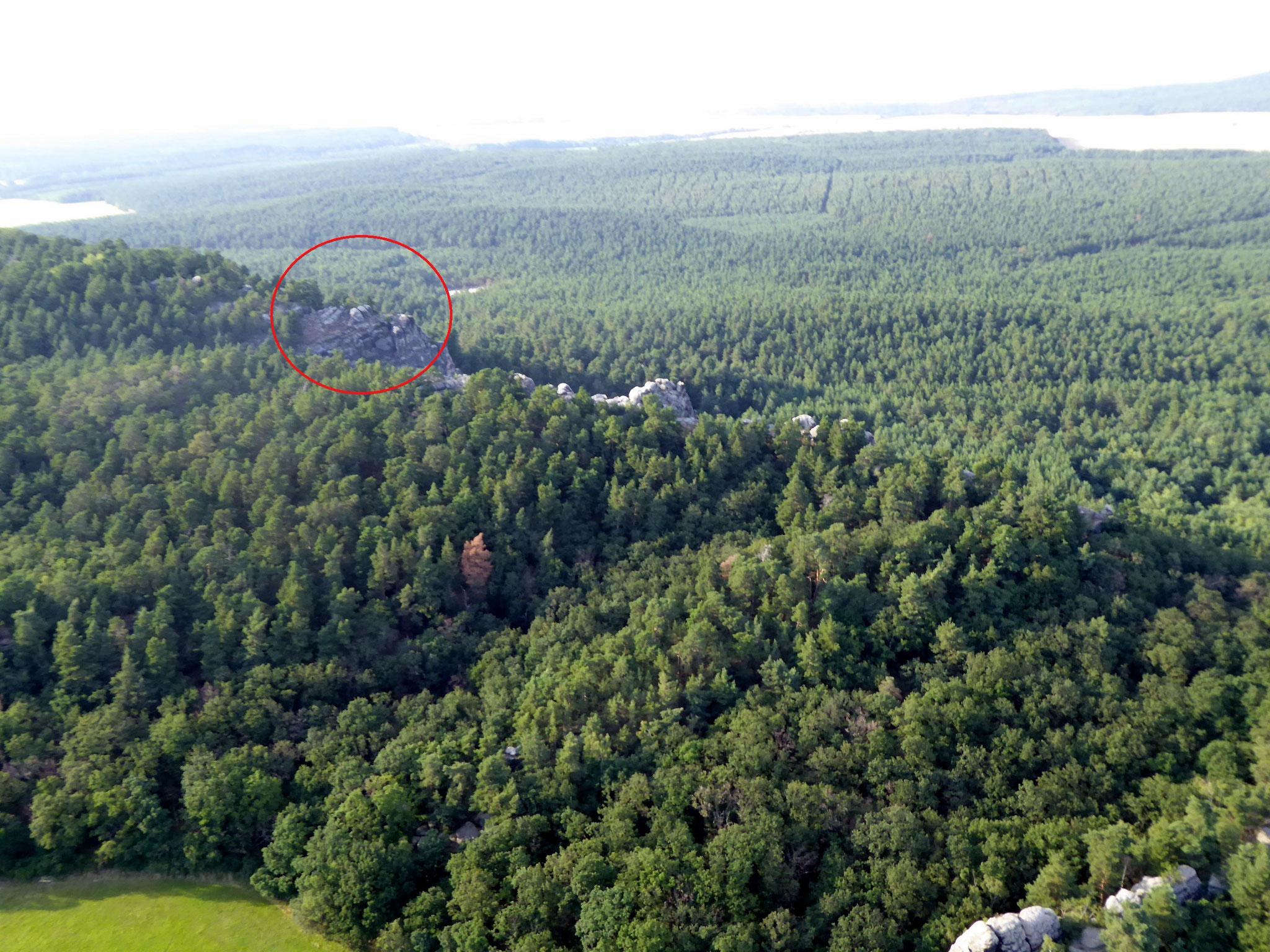 Im Kreis ist der Bereich der kleinen Roßtrappe, wir sind etwa 50 m dahinter.