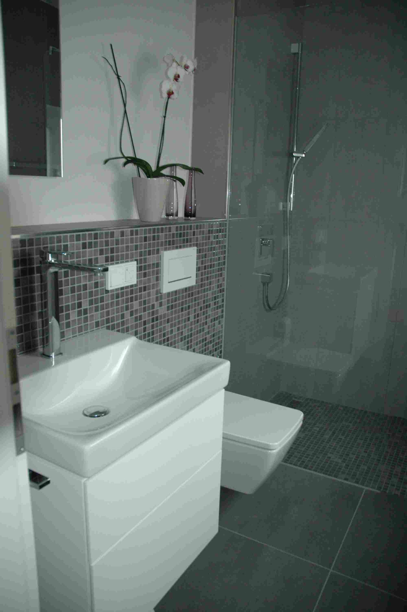 Gäste Bad im Erdgeschoß Planung und Bemusterung durch Frau Heyden