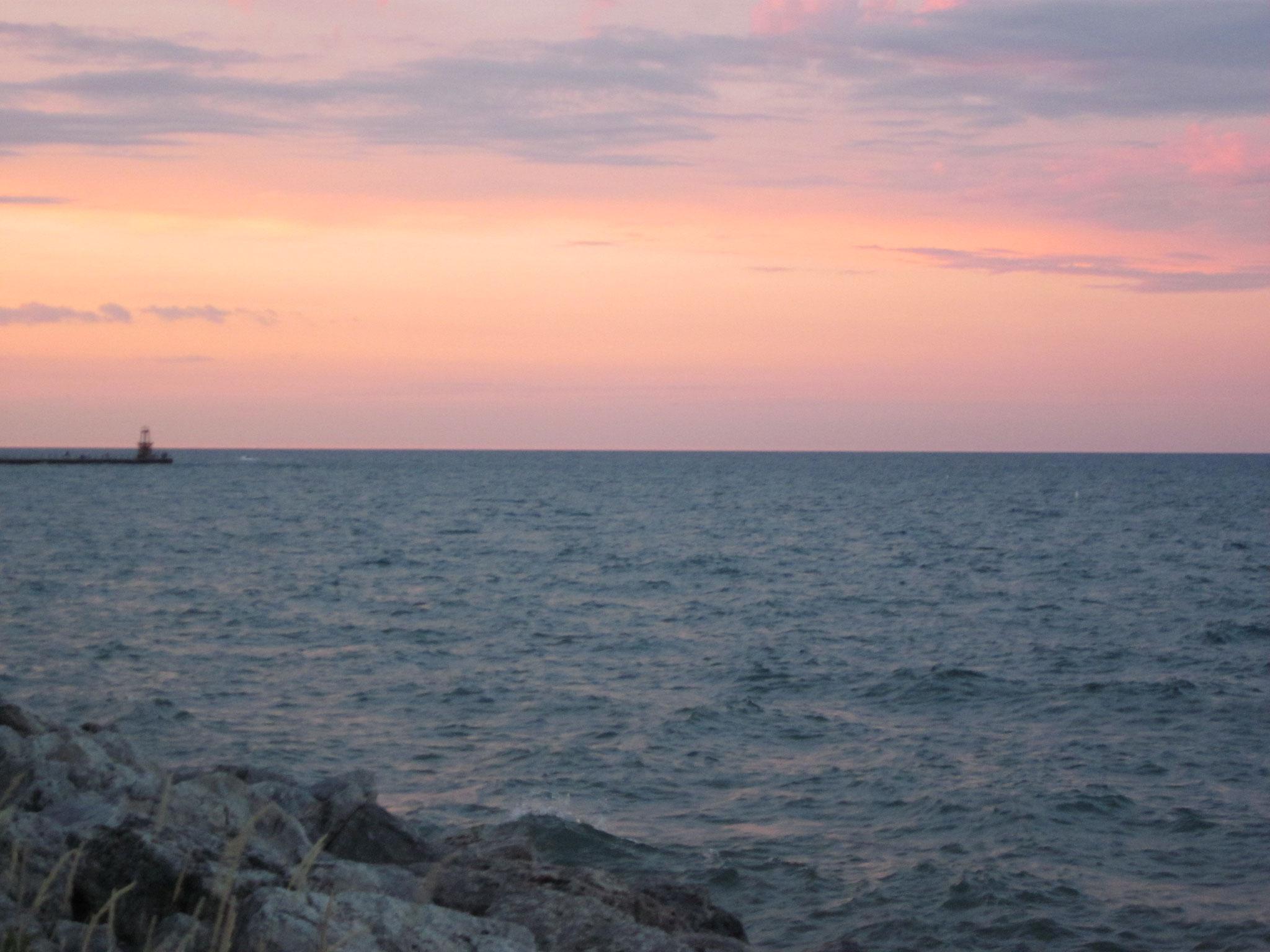 ミシガン湖の夕暮れ