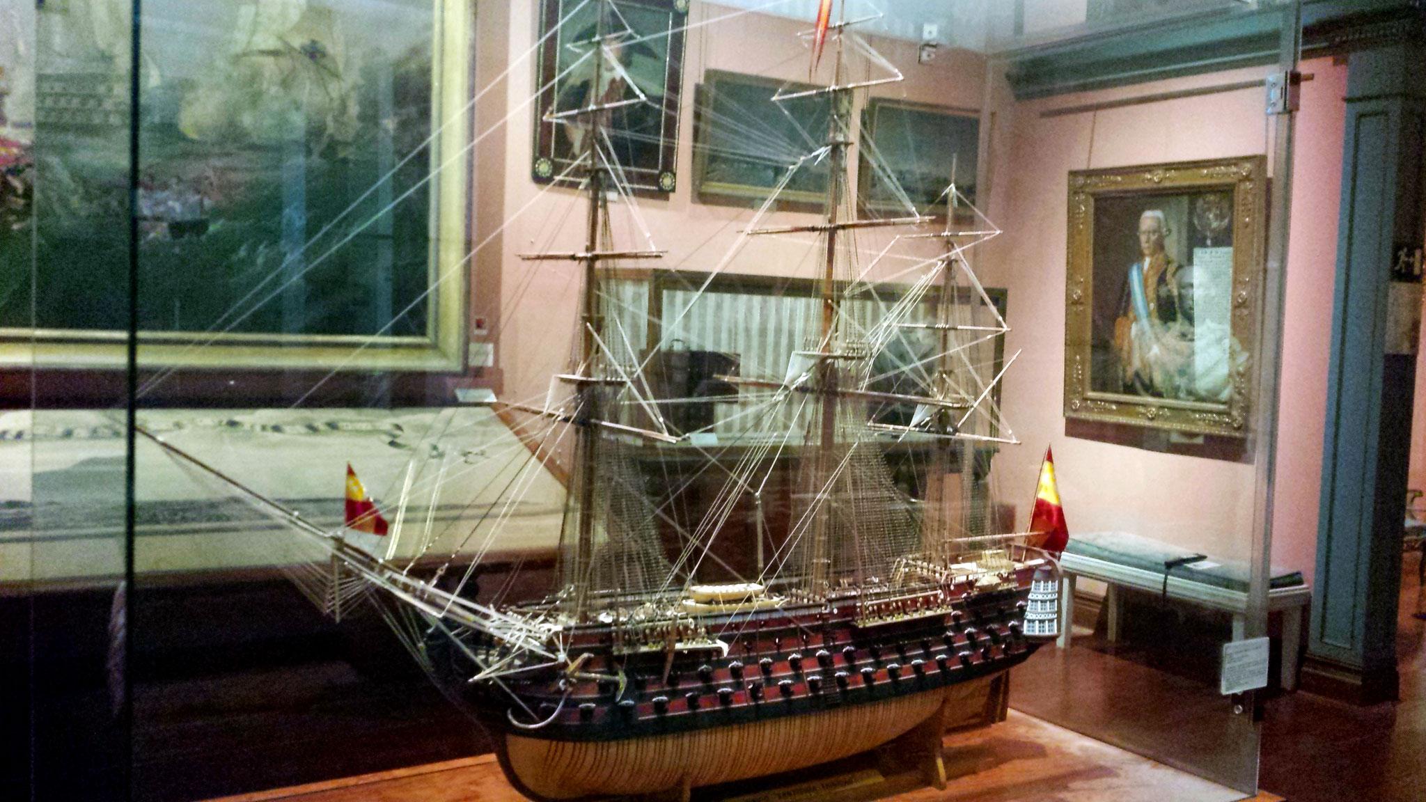 Maqueta del Santísima Trinidad. El mayor barco de su época (c. 1805) con 136 cañones