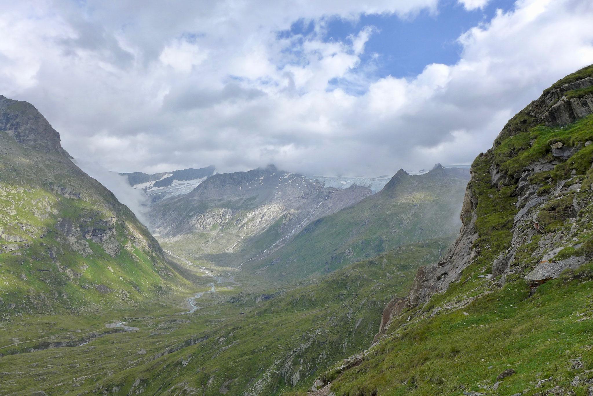 Ein Versuch einen Teil dieses unglaublich schönen Tals zu zeigen.