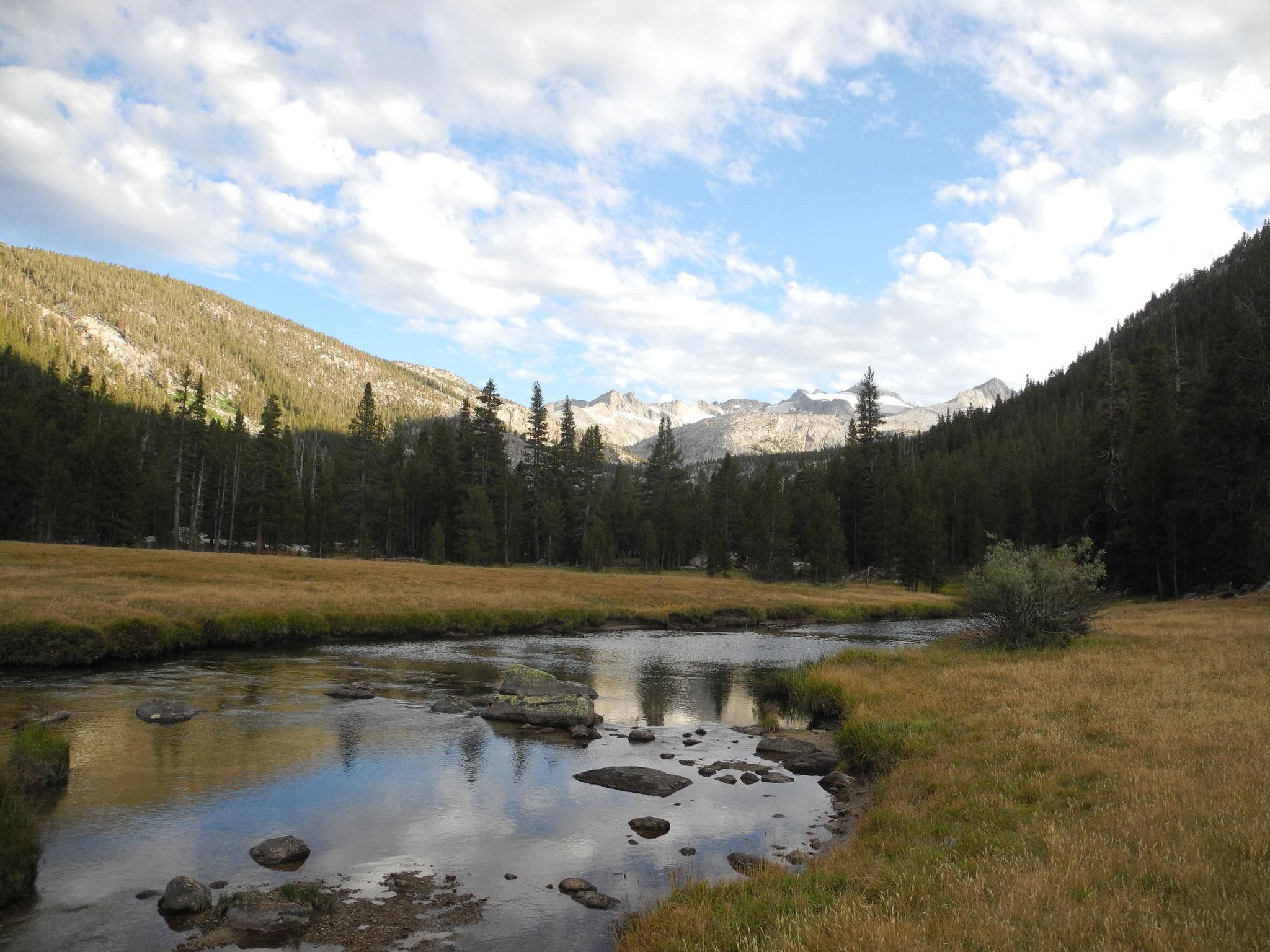 Angekommen am Lyell Creek im Tal und Camp 3.