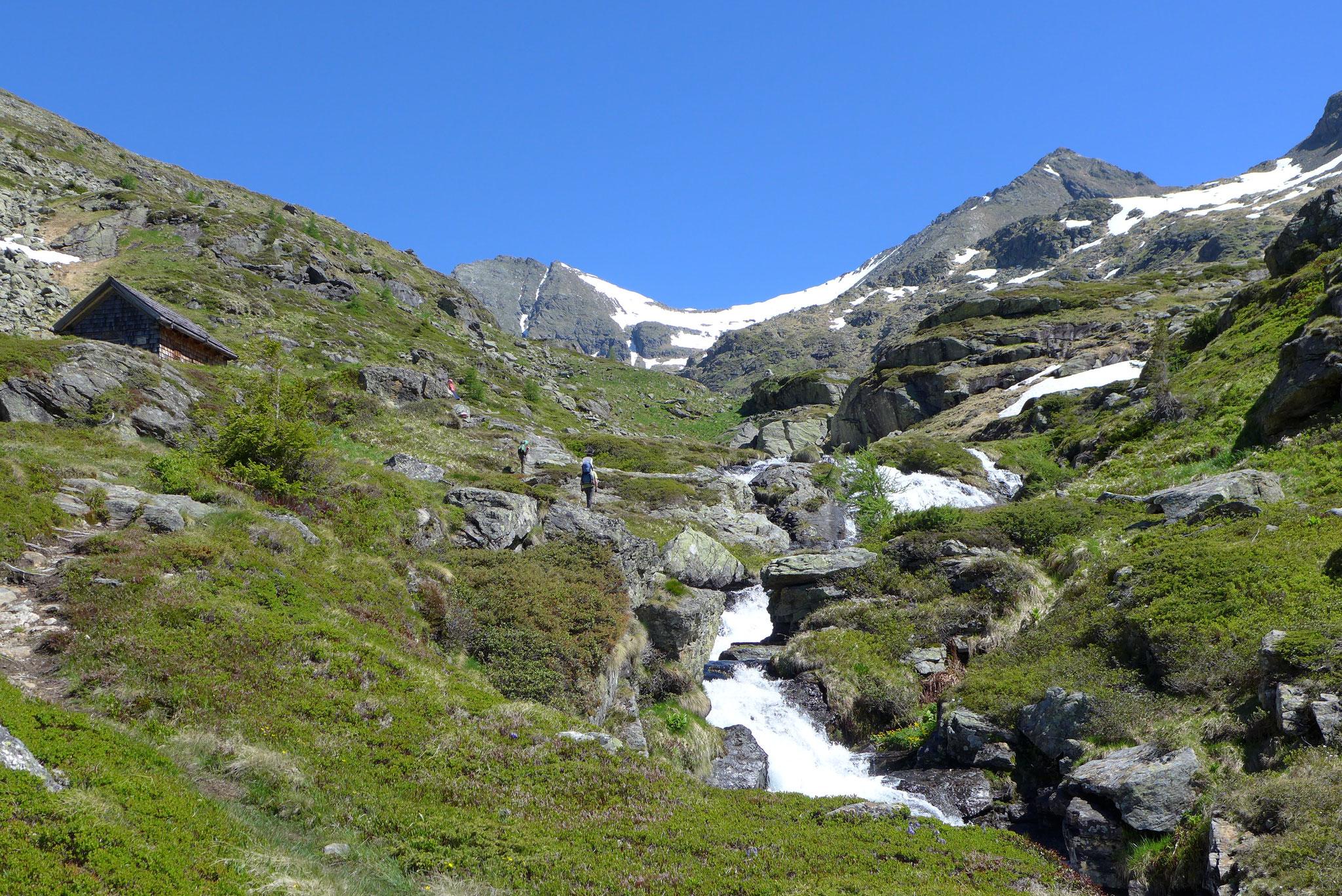 Auf dem Weg zum Zwerfenbergsee im Lessachtal.