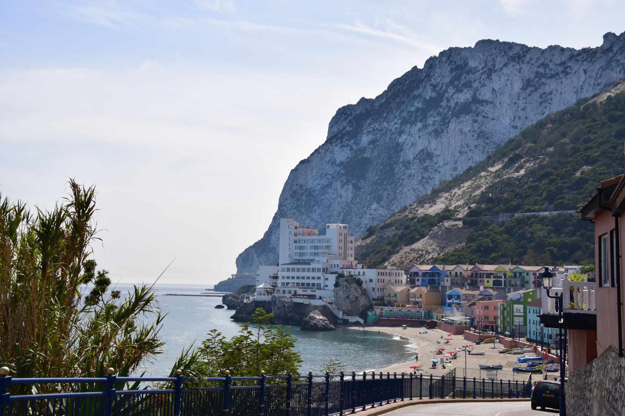 Catalan Bay auf der Ostseite des Felsens