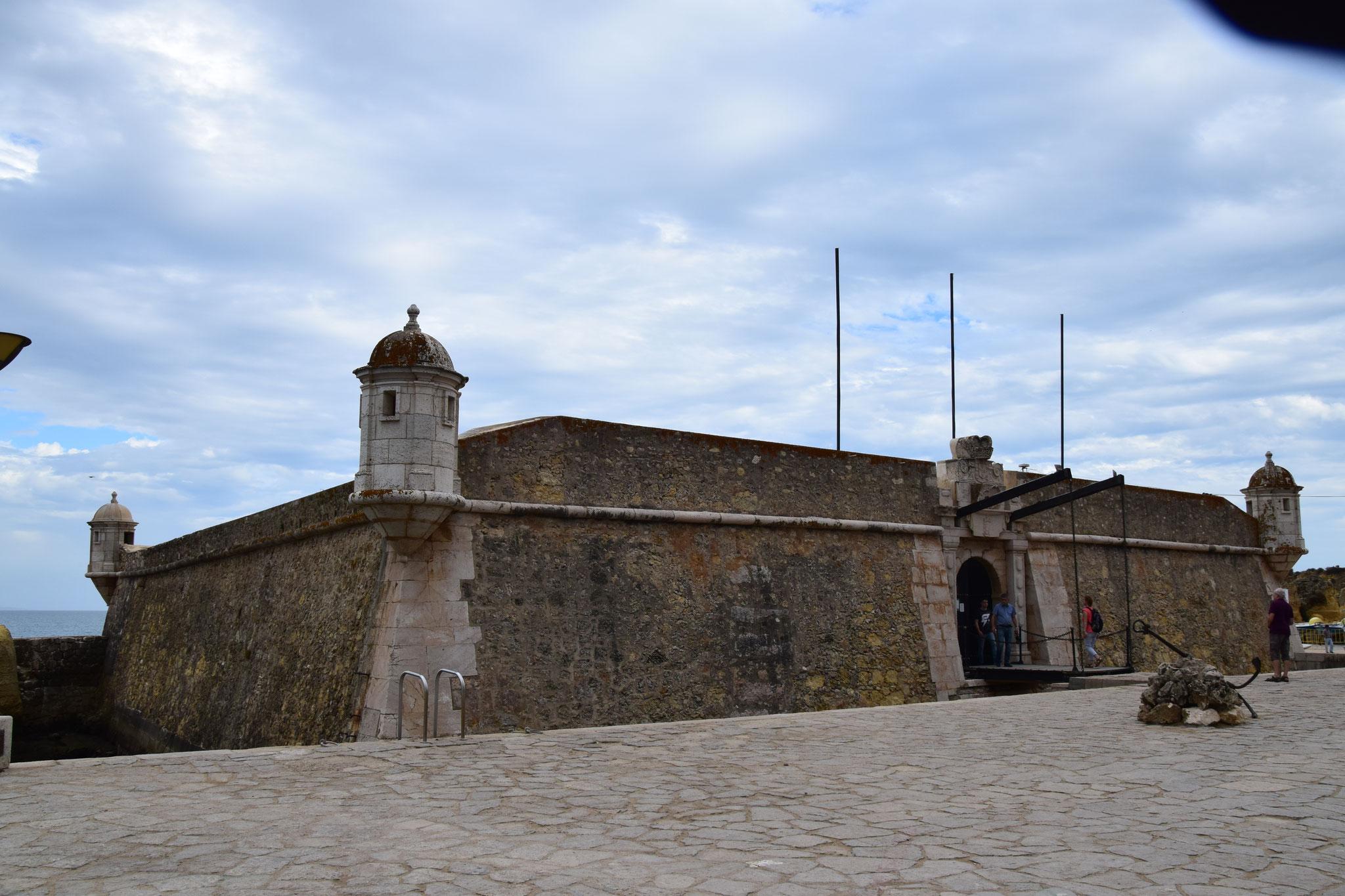 Fort Ponta de Bandeira zur Verteidigung des Hafens