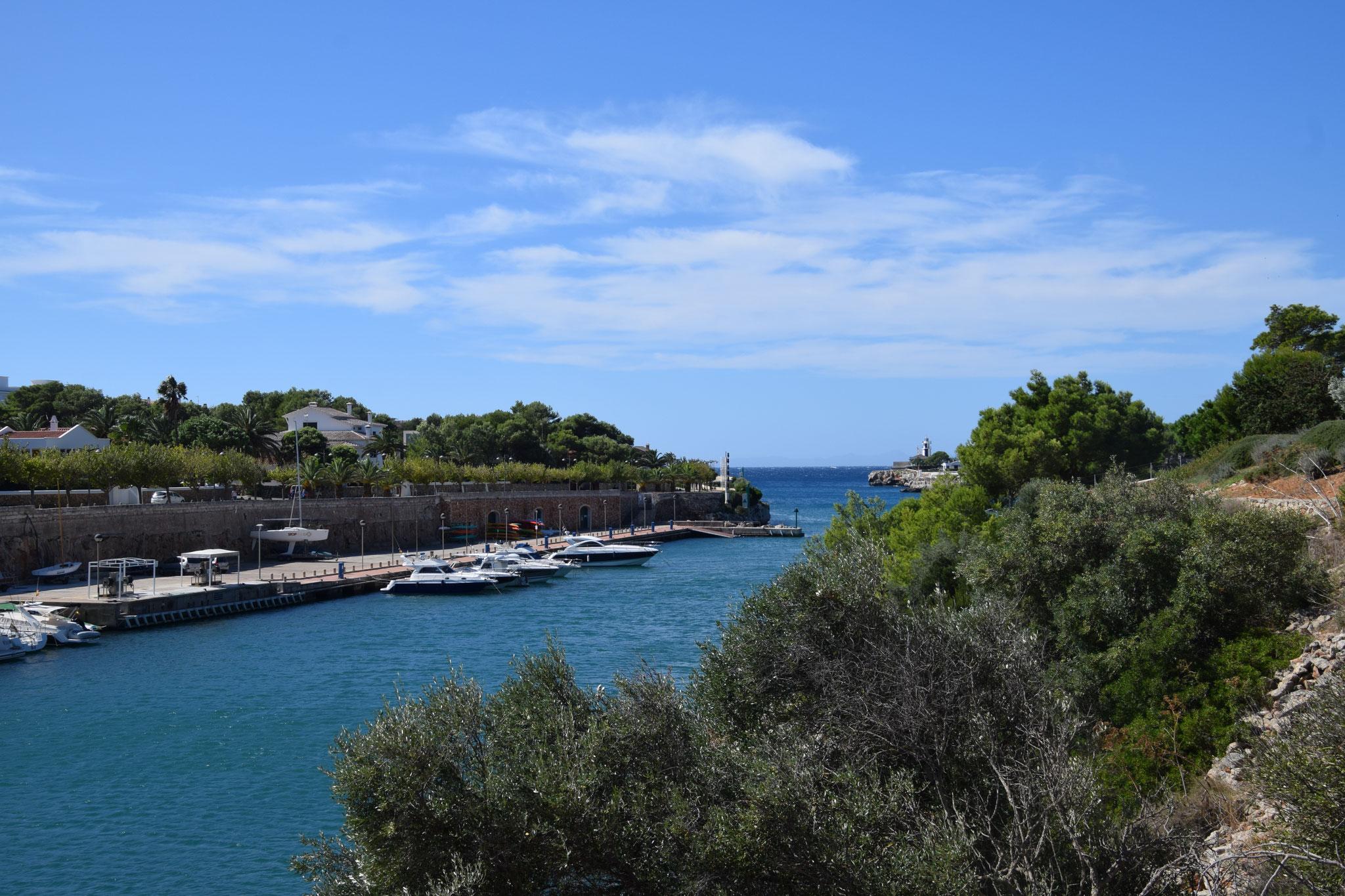 Hafeneinfahrt in Ciutadella, die ehemalige Hauptstadt Menorcas