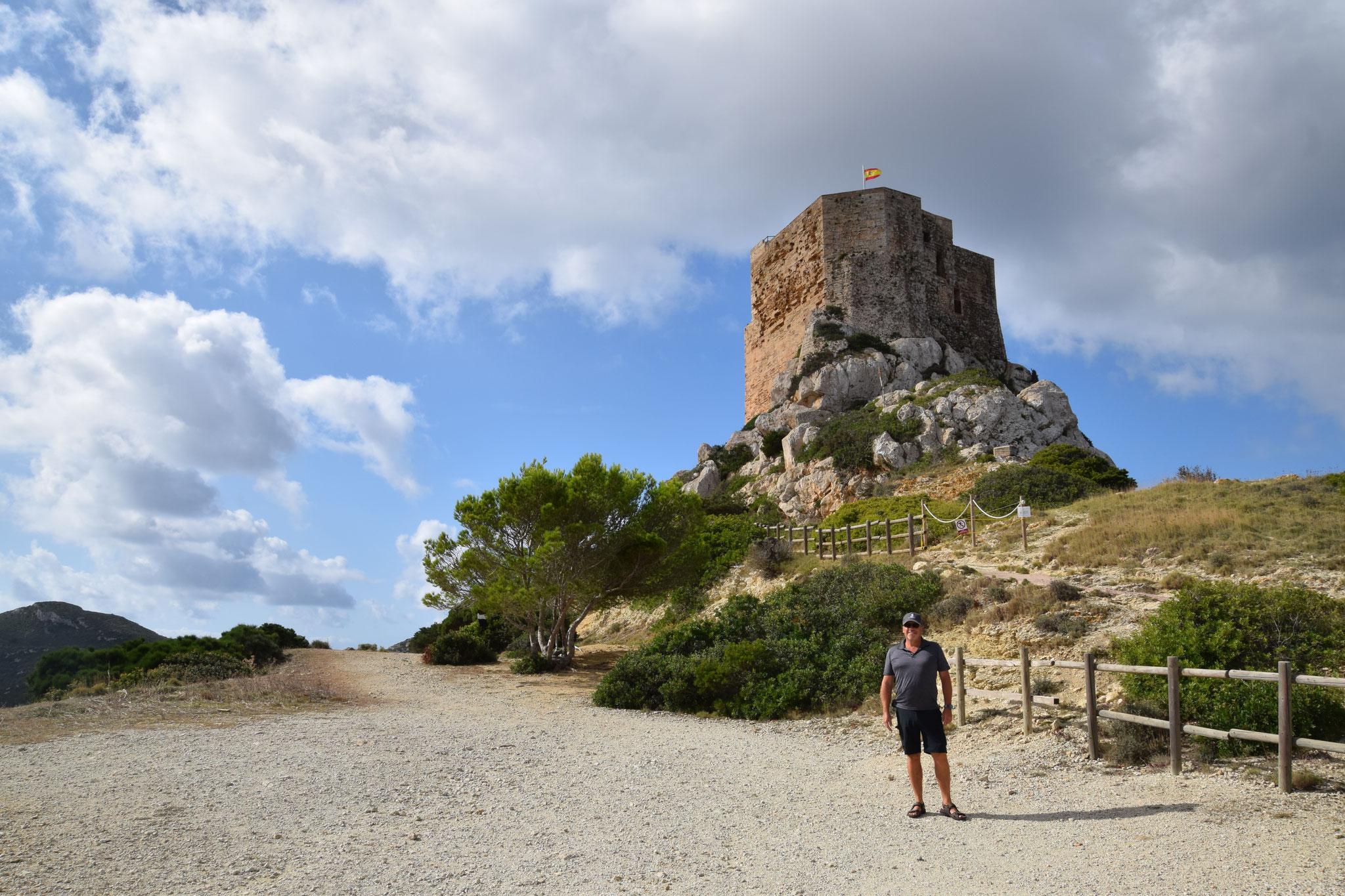 Kastell, als Schutz vor Überfällen, erbaut im 14. Jahrhundert