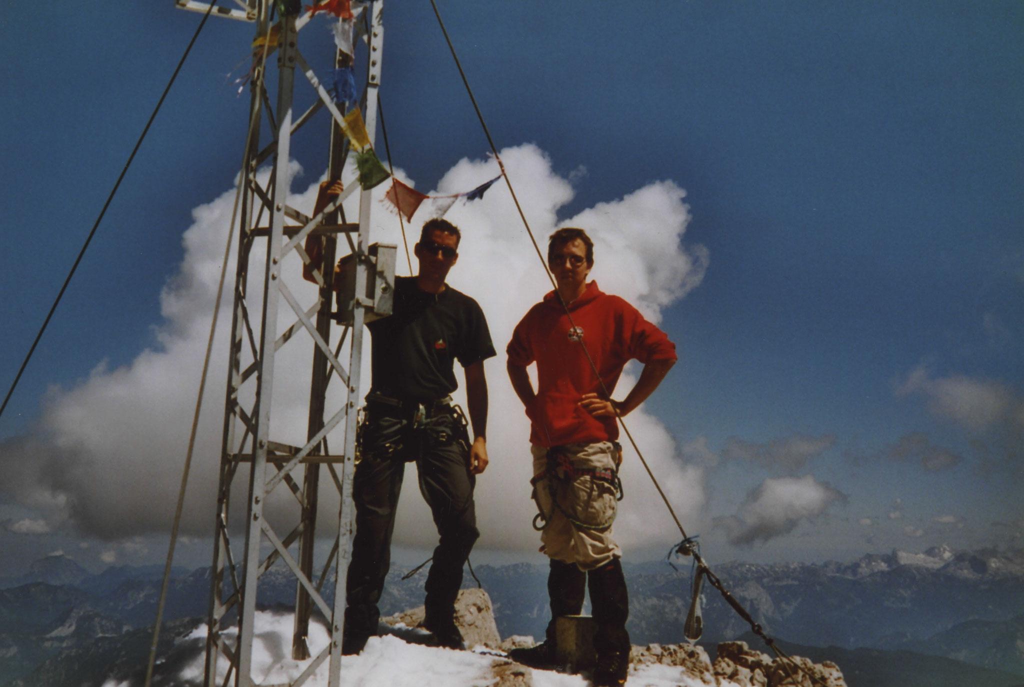 Gemeinsam am Gipfel des Dachsteins 2004