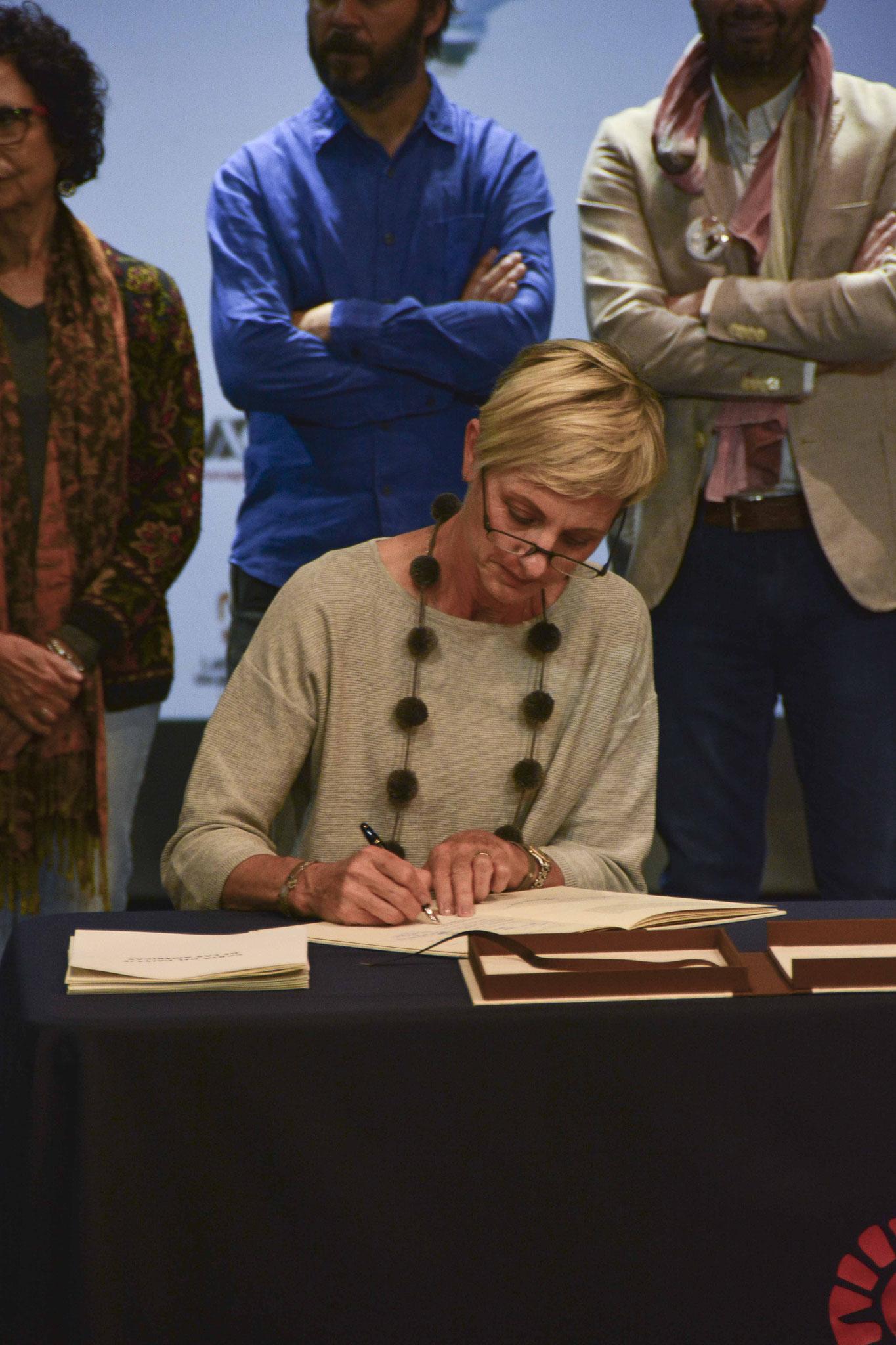 Firma de la Carta del Paisaje de las Américas / Arq. Psj. Kathrin Grimm