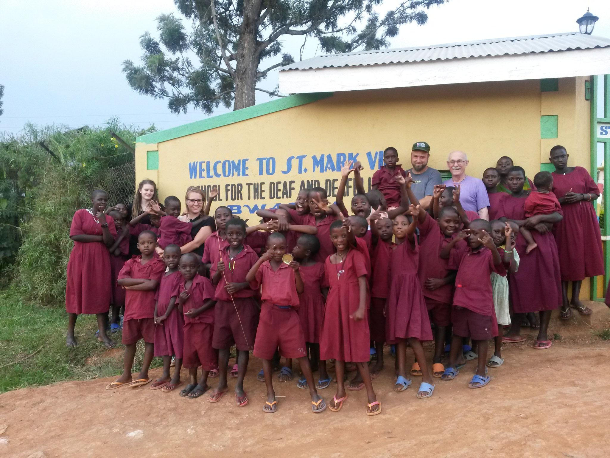 Gruppenfoto in Bwanda