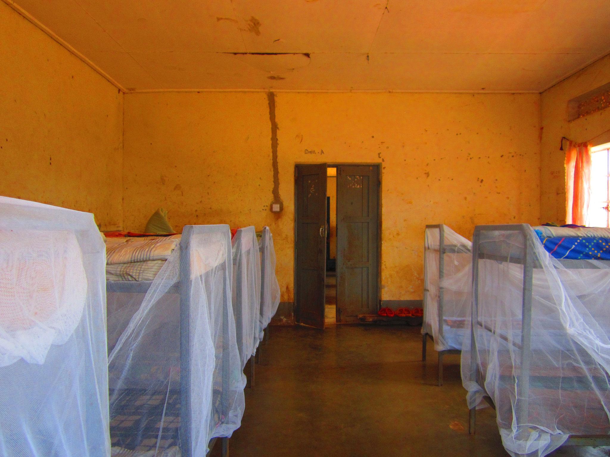 Schlafsaal - Mosquitonetz