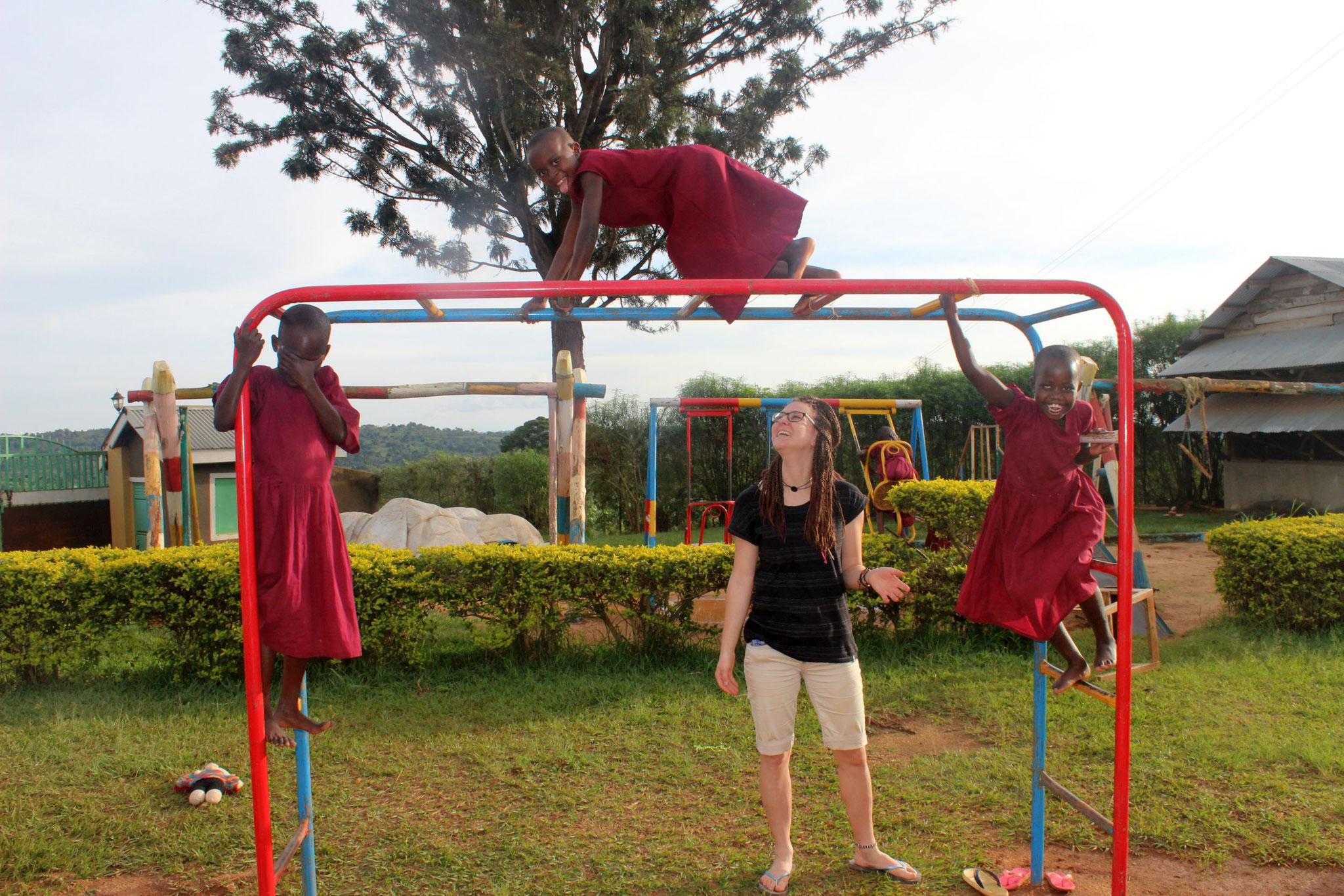 Spielplatz in Bwanda