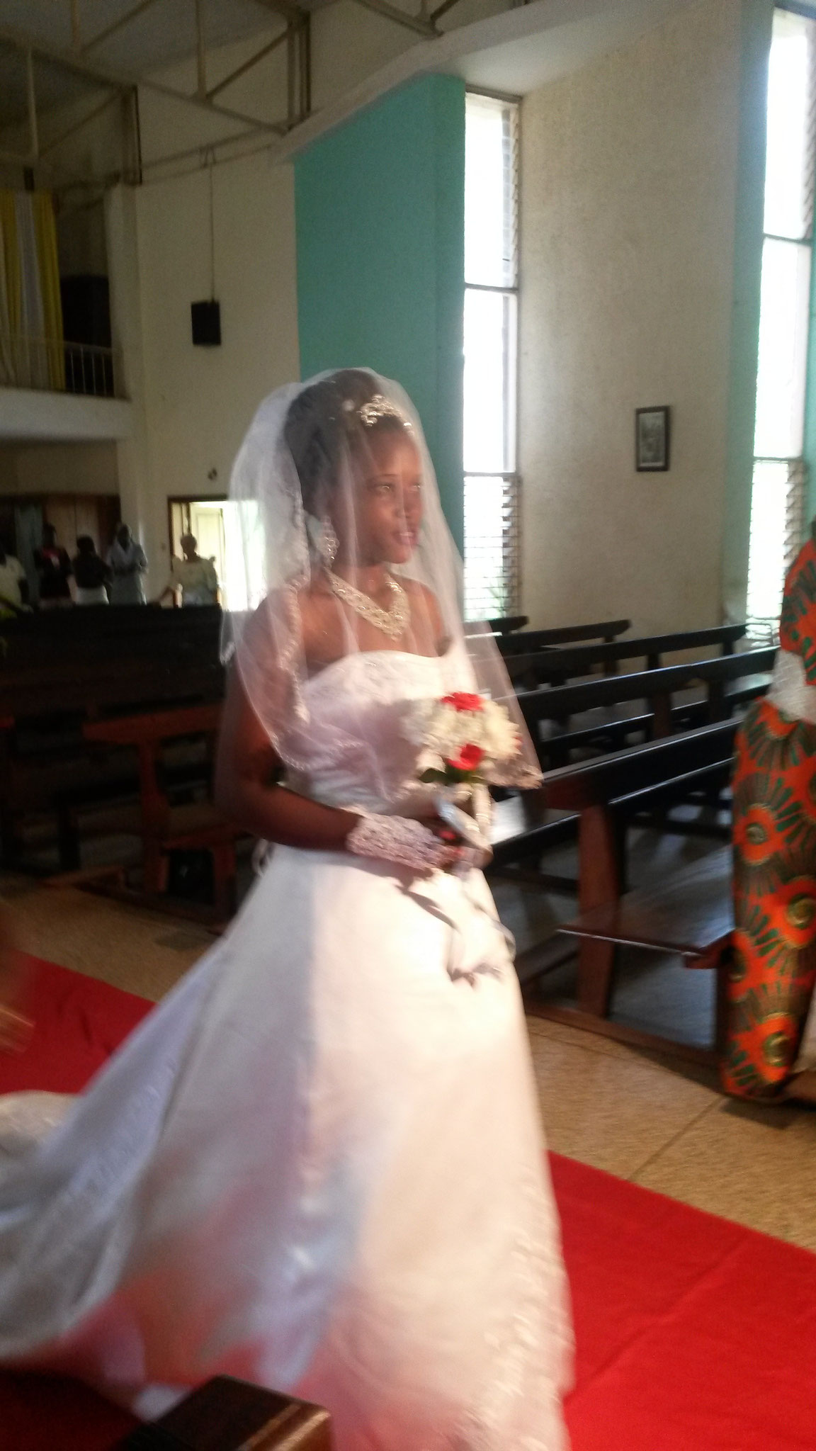 gehörlose Braut Prossy
